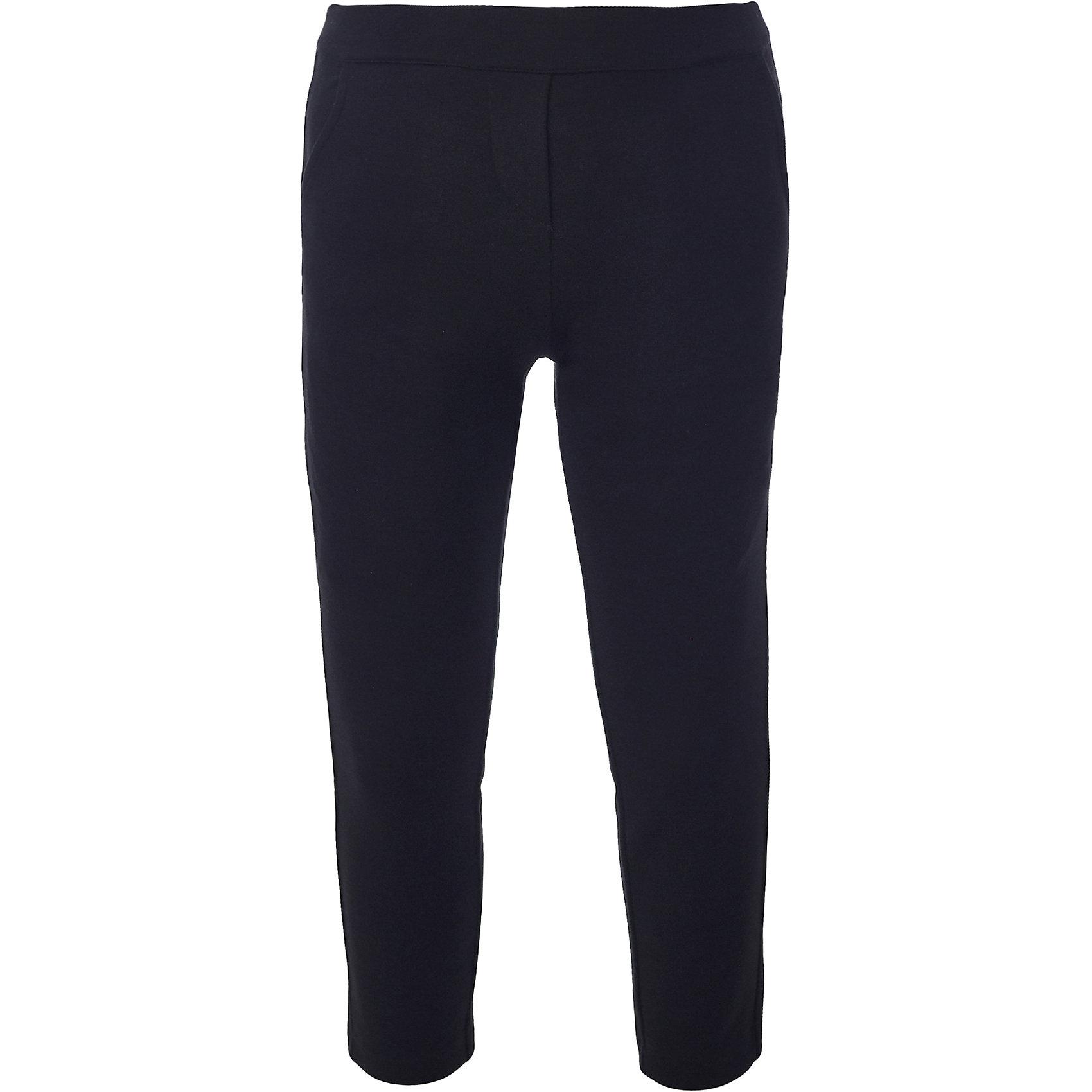 Брюки для девочки BUTTON BLUEБрюки<br>Брюки для девочки BUTTON BLUE<br>Какие брюки для девочек станут основой школьного гардероба? Те, кто уже носил брюки из плотного трикотажа знают: трикотажные школьные брюки - это элегантность, удобство и свобода движений. Купить черные школьные брюки от Button Blue, значит, обеспечить ребенку повседневный комфорт.<br>Состав:<br>75% полиэстер, 21% вискоза,             4% эластан<br><br>Ширина мм: 215<br>Глубина мм: 88<br>Высота мм: 191<br>Вес г: 336<br>Цвет: черный<br>Возраст от месяцев: 156<br>Возраст до месяцев: 168<br>Пол: Женский<br>Возраст: Детский<br>Размер: 164,122,128,134,140,146,152,158<br>SKU: 6739456