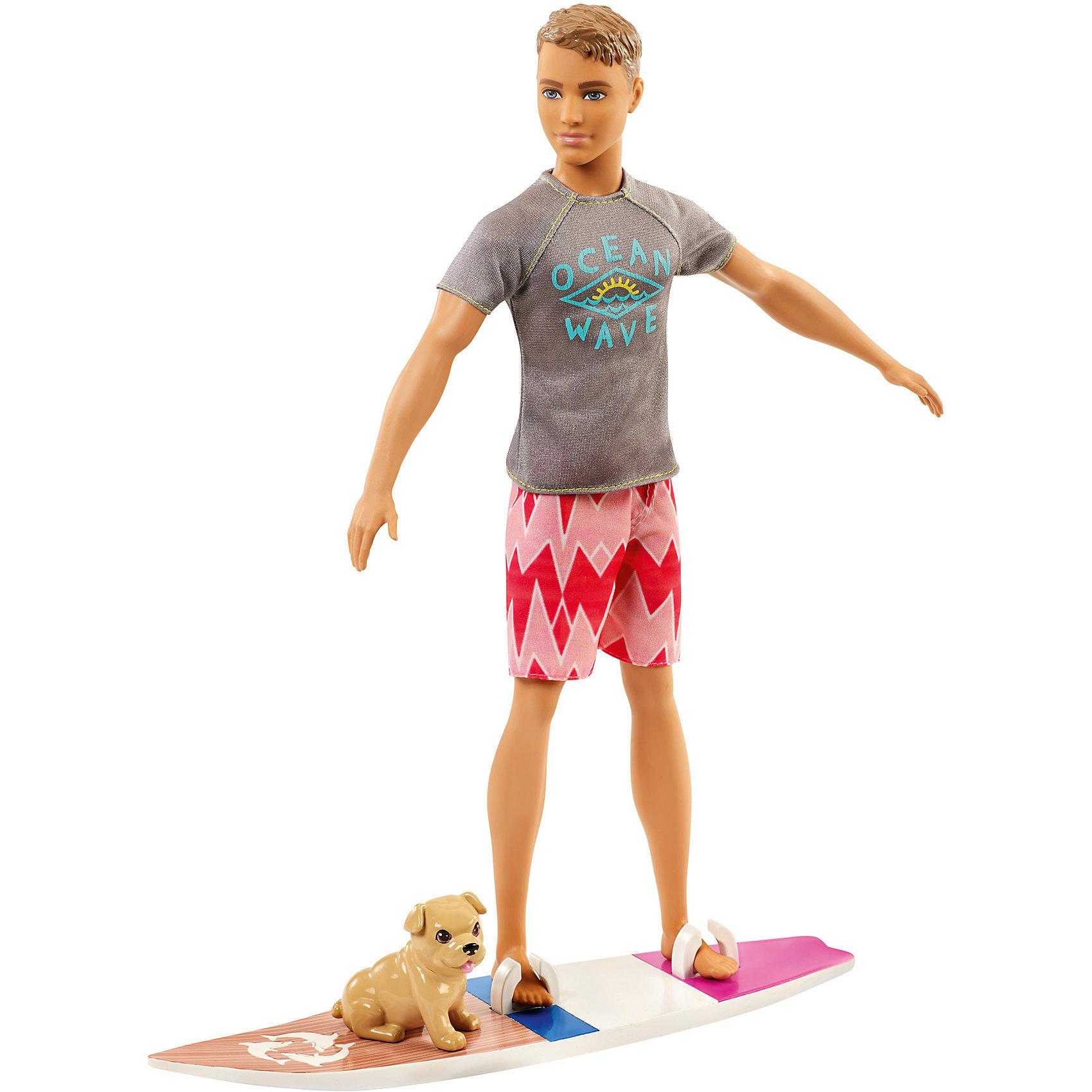 Кукла Barbie Кен из серии «Морские приключения»Бренды кукол<br>Характеристики товара:<br><br>• возраст: от 3 лет<br>• материал: пластик;<br>• высота куклы: 28-30 см<br>• аксессуары в комплекте<br>• размер упаковки: 32,5X23X6 см<br>• страна бренда: США<br><br>В игровом наборе Кен - Морские приключения есть очаровательный щенок и доска для серфинга, чтобы отправиться навстречу тропическим приключениям!<br><br> Ken™ одет в серую футболку с рисунком волны, розовые шорты с узором и белые кроссовки и готов к развлечениям на воде. Его доска для серфинга украшена цветными полосками, ретро-отделкой под дерево и изображением дельфина. <br><br>Помести его ноги в специальные держатели и готовься оседлать волну. А маленький щенок может ехать позади.<br><br>Куклу Barbie Кен из серии «Морские приключения» можно купить в нашем интернет-магазине.<br><br>Ширина мм: 324<br>Глубина мм: 154<br>Высота мм: 66<br>Вес г: 275<br>Возраст от месяцев: 36<br>Возраст до месяцев: 72<br>Пол: Женский<br>Возраст: Детский<br>SKU: 6739681