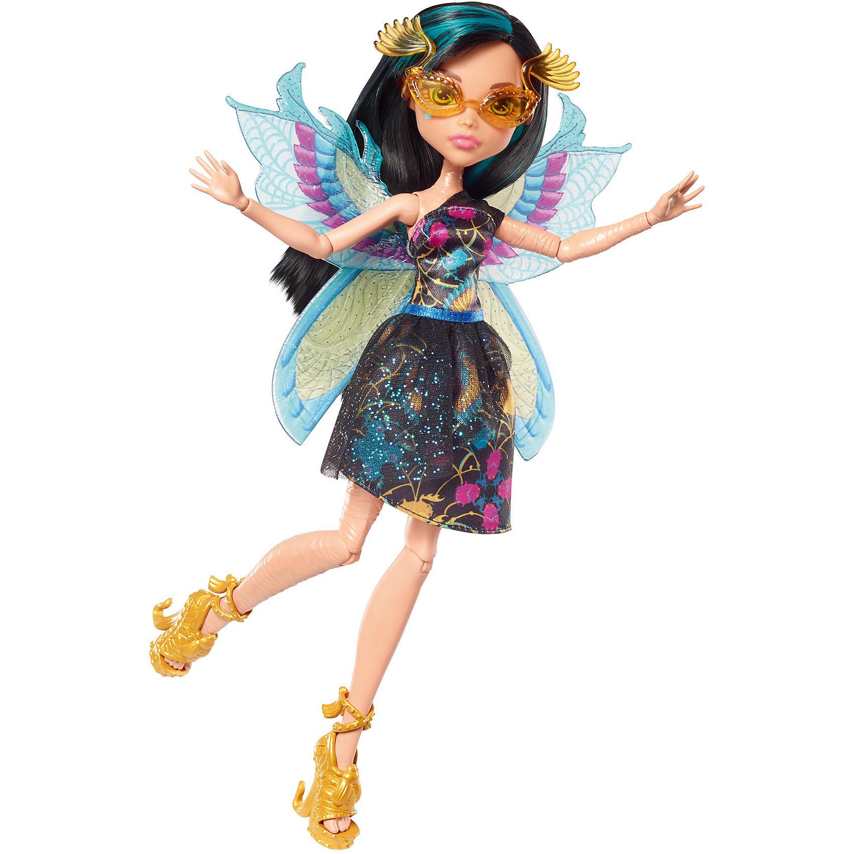 Кукла Monster High Цветочная монстряшка Клео де НилКуклы-модели<br>Характеристики товара:<br><br>• возраст: от 6 лет<br>• материал: пластик;<br>• упаковка: коробка;<br>• высота куклы: 28-30 см<br>• страна бренда: США<br><br>Роскошные крылья уникальных форм, цветов и видов помогают ученицам Monster High™ летать стильно. <br>Клео одета в черное платье с пышной юбкой. <br><br>Крылышки выполнены в египетском стиле в голубом и желтом цветах. Волосы черные с бирюзовыми прядями. На ногах золотистые туфли с жемчугом, скарабеями и змейками на каблуке.<br><br>В?набор входят кукла Monster High™ «Цветочные монстряшки»™, одежда, аксессуары и крылья. <br><br>Куклу Monster High Цветочная монстряшка Клео де Нил можно кукпить в нашем интернет-магазине.<br><br>Ширина мм: 328<br>Глубина мм: 157<br>Высота мм: 68<br>Вес г: 194<br>Возраст от месяцев: 72<br>Возраст до месяцев: 120<br>Пол: Женский<br>Возраст: Детский<br>SKU: 6739694