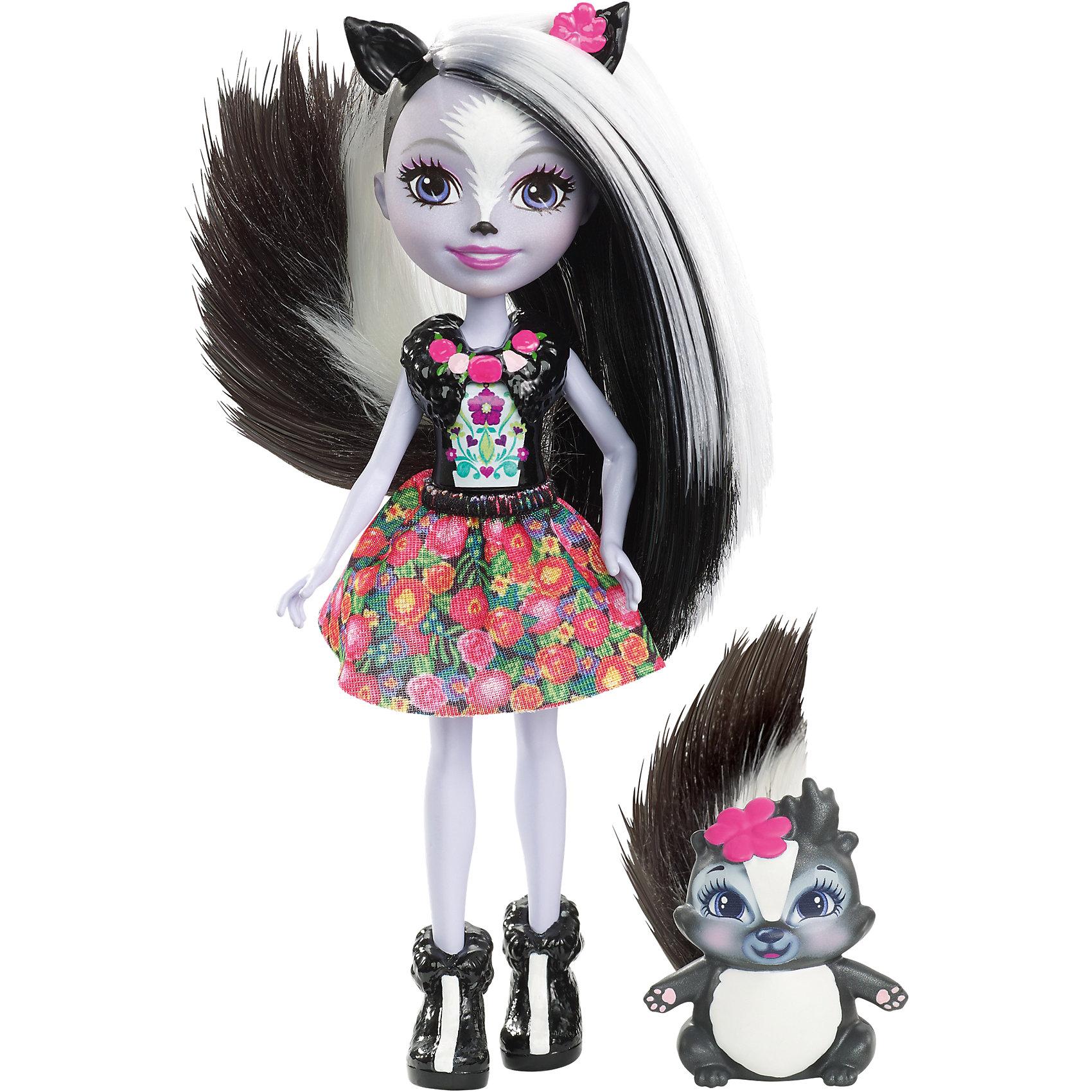 Кукла-скунс Enchantimals Сэйдж СканкМини-куклы<br>Характеристики товара:<br><br>• возраст: от 3 лет;<br>• пол: девочка;<br>• материал: пластик, текстиль<br>• высота куклы: 15 см;<br>• в комплекте : кукла, фигурка питомца; <br>• подвижные руки, ноги и голова кукол;<br>• мягкие волосы, которые можно расчесывать;                                         <br>• страна-производитель: Индонезия;                                    <br>• размер упаковки: 5,5х10х32,5 см.<br><br>Новинка от Mattel!!!<br>Перед вами Сейдж Скунси и ее милый пушистый скунс Кейпер. Они так похожи! У Сейдж есть ушки, хвостик и носик прямо как у ее зверька. А еще у нее светло-серая кожа, сиреневые глазки и длинные черно-белые волосы, которые можно расчёсывать. Наряд Седж просто роскошен: темный топ и пышная юбка разрисована цветами. А еще на ножках нашей героини красуются туфельки в виде скунсов, дополняющие образ.<br><br>У Кейпер милая мордочка, лапки и ушки, большие глазки и пушистый хвостик.<br><br>Куклу Сейдж Скунси от Mattel можно купить в нашем интернет-магазине.<br><br>Ширина мм: 229<br>Глубина мм: 127<br>Высота мм: 40<br>Вес г: 91<br>Возраст от месяцев: 72<br>Возраст до месяцев: 120<br>Пол: Женский<br>Возраст: Детский<br>SKU: 6739699