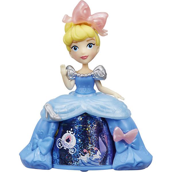 Кукла Золушка в платье с волшебной юбкой, Принцессы Дисней, HasbroИдеи подарков<br>Характеристики:<br><br>• возраст: от 4 лет;<br>• материал: пластик;<br>• в комплекте: кукла;<br>• размер упаковки: 17,8х17,8х5,7 см;<br>• вес упаковки: 104 гр.;<br>• страна производитель: Китай.<br><br>Кукла «Принцесса в платье с волшебной юбкой» Hasbro — главная героиня мультфильма Дисней «Золушка». Золушка одета в голубое платье с необычной волшебной юбкой. Если покатить куклу, то девочка сможет увидеть, как 3 известные сценки из мультфильма сменяют друг друга. <br><br>Куклу «Принцесса в платье с волшебной юбкой» Hasbro можно приобрести в нашем интернет-магазине.<br>Ширина мм: 57; Глубина мм: 178; Высота мм: 178; Вес г: 104; Возраст от месяцев: 48; Возраст до месяцев: 2147483647; Пол: Женский; Возраст: Детский; SKU: 6753127;