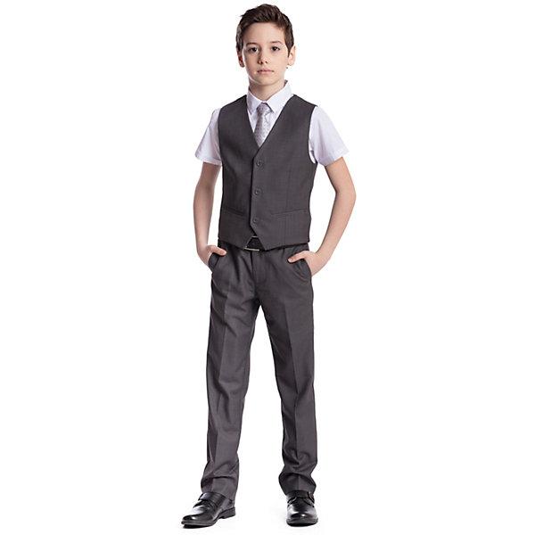 Комплект  для мальчика: брюки, жилет ScoolПиджаки и костюмы<br>Комплект  для мальчика: брюки, жилет Scool<br>Удобный практичный комплект из жилета и брюк в деловом стиле сможет быть как школьной формой, так и одеждой для официальных мероприятий.  Лекало этой модели полностью повторяет лекало модели для взрослого мужчины. Регулируемый ремешок на спинке жилета позволяет изделию хорошо сесть по фигуре. Брюки со стрелками; на внутренней стороне пояса предусмотрена регулировка по талии за счет удобной резинки на пуговицах.Преимущества: Жилет на подкладке из атласной тканиБрюки со шлевками, при необходимости можно использовать ремень<br>Состав:<br>Верх: 65% полиэстер, 35% вискоза, Подкладка: 65% полиэстер 35% вискоза<br><br>Ширина мм: 215<br>Глубина мм: 88<br>Высота мм: 191<br>Вес г: 336<br>Цвет: серый<br>Возраст от месяцев: 156<br>Возраст до месяцев: 168<br>Пол: Мужской<br>Возраст: Детский<br>Размер: 164,122,158,152,146,140,134,128<br>SKU: 6754417
