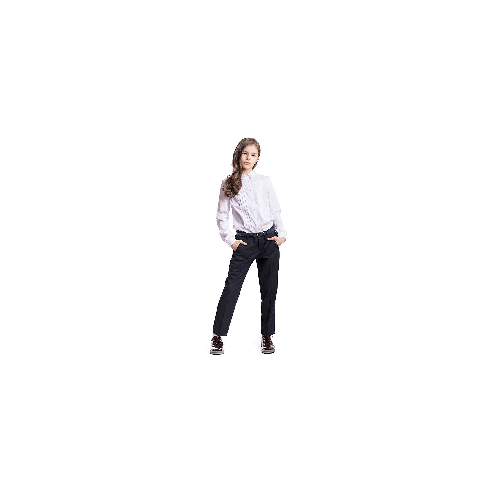 Брюки текстильные для девочки ScoolБрюки<br>Брюки текстильные для девочки Scool<br>Брюки - капри со стрелками в деловом стиле. При конструировании этой модели учитывались все детские физиологические особенности. По талии предусмотрена регулировка за счет удобной резинки на пуговицах.Преимущества: Модель со шлевками при необходимости можно использовать ременьБрюки с вшивными карманами на пуговицах<br>Состав:<br>65% полиэстер, 35% вискоза<br><br>Ширина мм: 215<br>Глубина мм: 88<br>Высота мм: 191<br>Вес г: 336<br>Цвет: полуночно-синий<br>Возраст от месяцев: 156<br>Возраст до месяцев: 168<br>Пол: Женский<br>Возраст: Детский<br>Размер: 164,122,128,134,140,146,152,158<br>SKU: 6754755