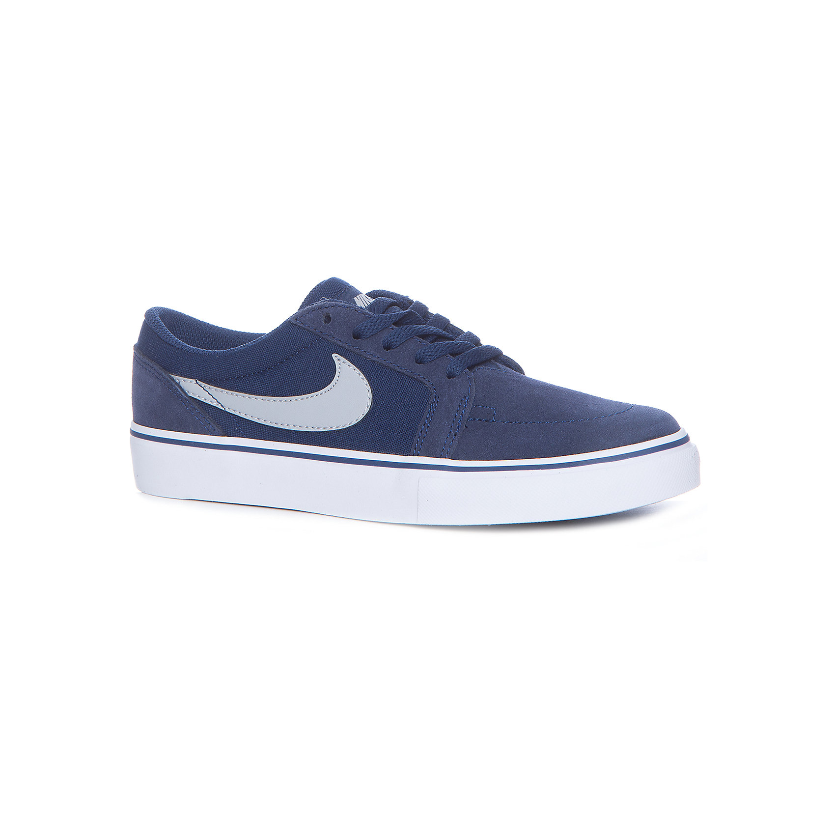 Кеды Nike SB Satire IIКеды<br>Характеристики товара:<br><br>• цвет: серый<br>• спортивный стиль<br>• внешний материал обуви: кожа 57%, текстиль 43%<br>• внутренний материал: текстиль<br>• стелька: текстиль<br>• подошва: резина<br>• декорированы логотипом<br>• вставка в подошве для мягкой амортизации<br>• тип застежки: шнуровка<br>• сезон: весна, лето<br>• температурный режим: от +10°С до +20°С<br>• устойчивая подошва<br>• защищенный мыс и пятка<br>• износостойкий материал<br>• коллекция: весна-лето 2017<br>• страна бренда: США<br>• страна изготовитель: Индонезия<br><br>Продукция бренда NIKE известна высоким качеством, уникальным узнаваемым дизайном и проработанными деталями, которые создают удобство при занятиях спортом и долгой ходьбе. Натуральная кожа в качестве внутреннего материала помогает этой модели обеспечить ребенку комфорт и предотвратить натирание.<br><br>Уход за такой обувью прост, она легко чистится и быстро сушится. Надевается элементарно благодаря удобной шнуровке.<br><br>Обувь качественно проработана, она долго служит, удобно сидит, отлично защищает детскую ногу от повреждений. Стильно выглядит и хорошо смотрится с одеждой разных цветов и стилей.<br><br>Кеды NIKE (Найк) можно купить в нашем интернет-магазине.<br><br>Ширина мм: 250<br>Глубина мм: 150<br>Высота мм: 150<br>Вес г: 250<br>Цвет: серый<br>Возраст от месяцев: 168<br>Возраст до месяцев: 1188<br>Пол: Мужской<br>Возраст: Детский<br>Размер: 39,34.5,35.5,36.5,37,37.5,38,38.5<br>SKU: 6758790