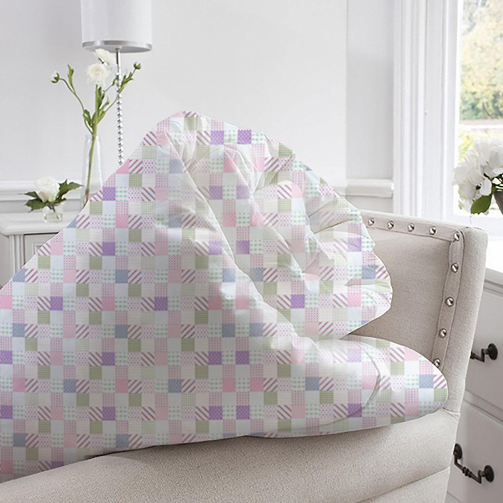 Одеяло 140*205 Provence аромат Lilac, Mona LizaДомашний текстиль<br>Характеристики:<br><br>• в комплекте саше с ароматом сирени<br>• размер одеяла: 46х16х54 см<br>• чехол: тик (100% полиэстер)<br>• наполнитель: силиконизированное волокно (100% полиэстер)<br>• размер упаковки: 50х20х70 см<br>• вес: 1450 грамм<br><br>Одеяло Provence имеет среднюю степень теплоты, поэтому вы сможете использовать его в любое время года. Чехол выполнен из плотного материала, устойчивого к износу. Стёжка позволяет равномерно распределить наполнитель, чтобы избежать его передвижения внутри одеяла. <br><br>Наполнитель из силиконизированного волокна отлично сохраняет тепло, чтобы обеспечить вам комфорт во время отдыха. В комплект входит декоративное саше с ароматом сирени. Оно наполнит вашу комнату приятным ароматом, который позволит вам расслабиться перед сном и защитит одеяло от неприятных запахов.<br><br>Одеяло 140*205 Provence аромат Lilac, Mona Liza (Мона Лиза) вы можете купить в нашем интернет-магазине.<br><br>Ширина мм: 540<br>Глубина мм: 160<br>Высота мм: 460<br>Вес г: 1450<br>Возраст от месяцев: 84<br>Возраст до месяцев: 600<br>Пол: Унисекс<br>Возраст: Детский<br>SKU: 6765313