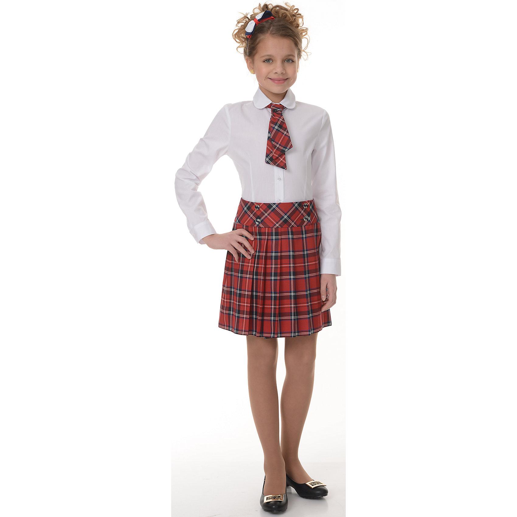 Юбка Рио-Габардин для девочки SkylakeЮбки<br>Расклешенная юбка  с запахом для девочек  младшего  и среднего   <br>школьного возраста.<br>Выполнена из смесовой костюмной ткани красного цвета в клетку.<br>Юбка на кокетке, выкроенной по косой, с широким  запахом, <br>застегивающющимся  на  четыре пуговицы.<br>Передняя и задняя половинки юбки с односторонними  складками .<br>Состав:<br>65% п/э, 35% вискоза,<br><br>Ширина мм: 207<br>Глубина мм: 10<br>Высота мм: 189<br>Вес г: 183<br>Цвет: разноцветный<br>Возраст от месяцев: 144<br>Возраст до месяцев: 156<br>Пол: Женский<br>Возраст: Детский<br>Размер: 158,128,134,140,146,152<br>SKU: 6772854