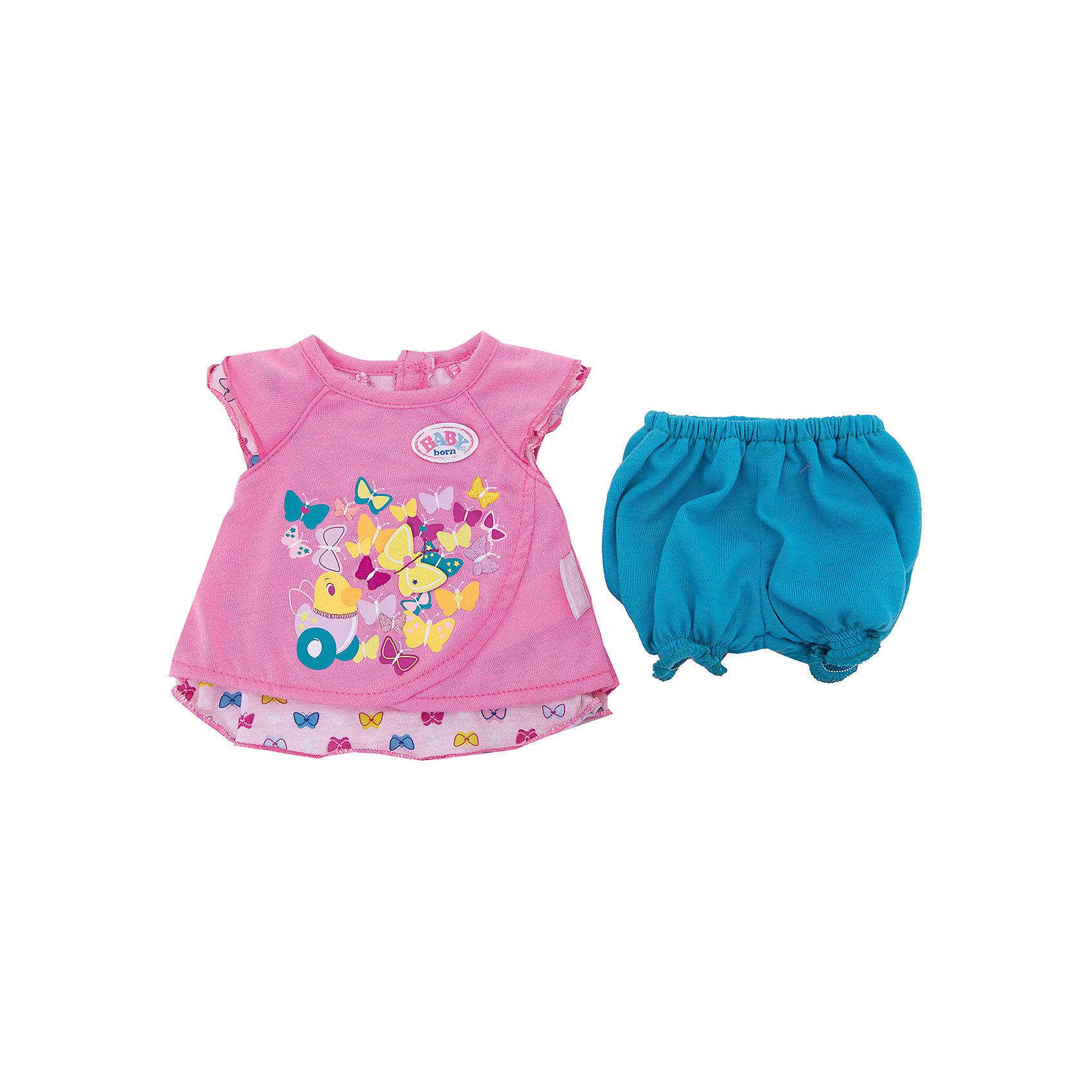 Туника с шортиками, BABY born, розоваяКукольная одежда и аксессуары<br>Характеристики товара:<br><br>• возраст: от 3 лет;<br>• материал: текстиль;<br>• в комплекте: туника, шорты, вешалка;<br>• размер упаковки: 37х30х1,5 см;<br>• вес упаковки: 90 гр.;<br>• страна производитель: Китай.<br><br>Туника с шортиками Baby Born розовая дополнит летний гардероб любимой куколки Baby Born. Набор состоит из розовой туники с рисунком и голубых шортиков. Одежда изготовлена из качественного мягкого материала.<br><br>Тунику с шортиками Baby Born розовую можно приобрести в нашем интернет-магазине.<br><br>Ширина мм: 15<br>Глубина мм: 370<br>Высота мм: 300<br>Вес г: 92<br>Возраст от месяцев: 36<br>Возраст до месяцев: 2147483647<br>Пол: Женский<br>Возраст: Детский<br>SKU: 6835728