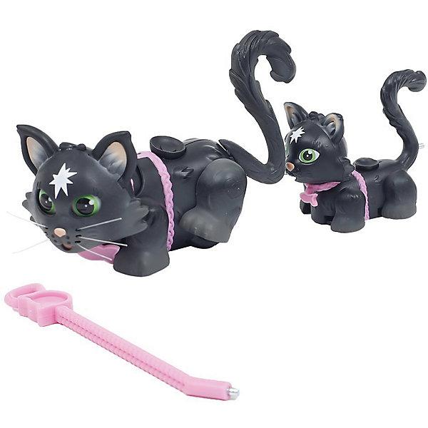 Игровой набор Семья черных кошек, Pet Club ParadeФигурки из мультфильмов<br>Характеристики товара:<br><br>• возраст: от 3 лет;<br>• материал: пластик;<br>• в комплекте: 2 фигурки, поводок, соска;<br>• размер фигурки: 10 см;<br>• размер упаковки: 25,5х21х6 см;<br>• вес упаковки: 191 гр.;<br>• страна производитель: Китай.<br><br>Игровой набор «Семья черных кошек» Pet Club Parade включает в себя 2 очаровательных кошечек: маму и ее котенка. Благодаря колесикам они забавно перемещаются по поверхности, передвигая лапками. Прикрепив поводок, кошечки отправятся на прогулку. <br><br>На спинке расположен джойстик, который управляет головой, хвостиком и глазками. Кошка умеет хлопать глазками, вилять хвостиком и качать головой. В носике котенка спрятан магнит, который позволяет питомцу взаимодействовать с предметами. Мама может покормить котенка при помощи пустышки.<br><br>Игровой набор «Семья черных кошек» Pet Club Parade можно приобрести в нашем интернет-магазине.<br>Ширина мм: 260; Глубина мм: 210; Высота мм: 60; Вес г: 191; Возраст от месяцев: 108; Возраст до месяцев: 2147483647; Пол: Женский; Возраст: Детский; SKU: 6838688;
