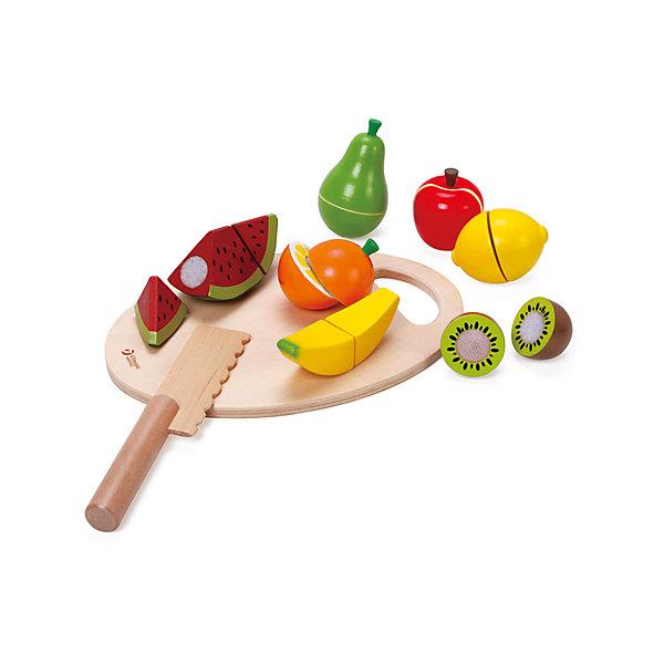 Набор Нарезаем фрукты» 9 предметов, Classic WorldИгрушечные продукты питания<br>Характеристики товара:<br><br>• возраст: от 3 лет;<br>• материал: дерево, пластик;<br>• в комплекте: ножик, доска, 7 фруктов;<br>• размер упаковки: 21,5х17х7 см;<br>• вес упаковки: 440 гр.;<br>• страна производитель: Китай.<br><br>Набор «Нарезаем фрукты» Classic World познакомит детей с внутренним устройством фруктов, научить правильно управляться с ножиком и разделочной доской.  С набором ребенок сможет придумать увлекательные игры. Предметы изготовлены из качественного натурального дерева.<br><br>Набор «Нарезаем фрукты» Classic World можно приобрести в нашем интернет-магазине.<br>Ширина мм: 220; Глубина мм: 72; Высота мм: 160; Вес г: 400; Возраст от месяцев: 24; Возраст до месяцев: 2147483647; Пол: Унисекс; Возраст: Детский; SKU: 6844318;