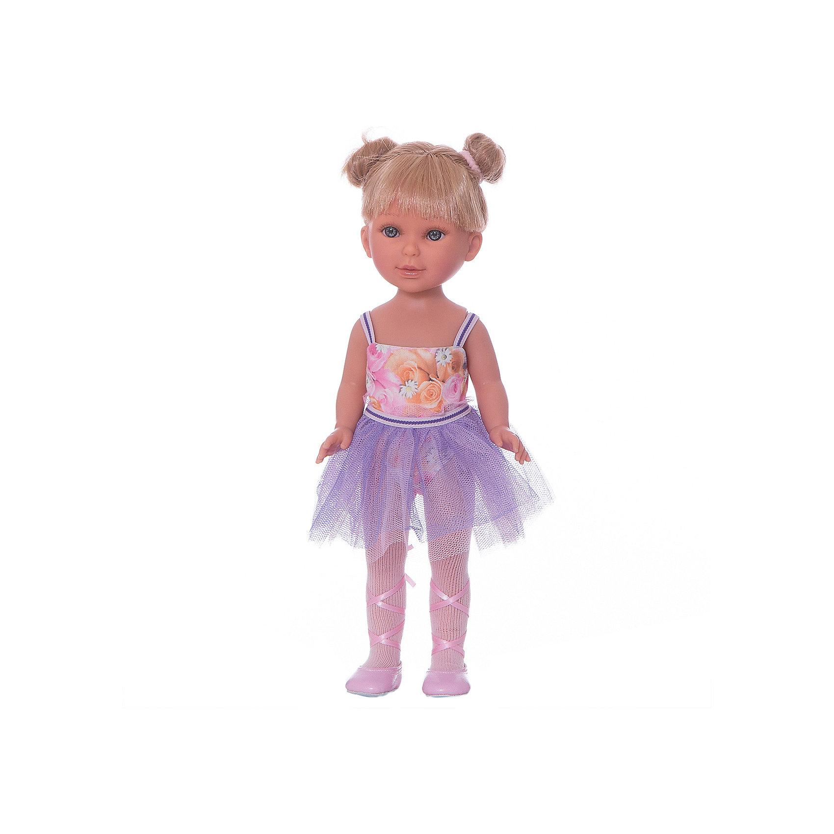 Кукла Паулина балерина, Vestida de AzulКлассические куклы<br>1. Милая балерина Паулина в нежном образе: платье с цветочным топом и сиреневой юбкой-пачкой, светлые колготки и розовые пуанты с атласными лентами. <br>2. Волшебный образ балерины для незабываемых сюжетно-ролевых игр.<br>3. У куклы очень приятное и милое личико: щечки с легким румянцем, слегка вздернутый носик, пухлые аккуратные губки и выразительные глаза с длинными ресницами, наклеенными вручную, которые выглядят как настоящие.<br>4. Длинные волосы куклы густо прошиты и напоминают натуральные. Челка прошита отдельно, а значит всегда будет красиво уложенной.  <br>5. Кукла высоко детализирована: очень четко очерченные пальчики, складочки, румянец на щечках, коленках и локтях.<br>6. Кукла изготовлена из плотного гипоаллергенного винила без ароматизаторов, и самостоятельно стоит.<br>7. Подвижные руки, ноги и голова для незабываемой реалистичной игры.<br>8. Рост куклы - 33 см.<br><br>Ширина мм: 225<br>Глубина мм: 105<br>Высота мм: 405<br>Вес г: 700<br>Возраст от месяцев: 36<br>Возраст до месяцев: 2147483647<br>Пол: Женский<br>Возраст: Детский<br>SKU: 6844336