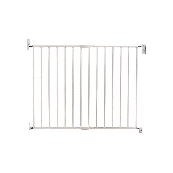 Барьеры-ворота Easy Close MCK Ext Metal, MunchkinБлокирующие и защитные устройства для дома<br>MUNCHKIN барьеры-ворота Easy Close MCK Ext Metal  Барьеры-ворота;Easy Close Munchkin - надежные ворота, обеспечивающие безопасность ребенка. Простой механизм блокировки позволяет открыть и закрыть ворота легким нажатием на ручку. Легкие ворота подходят для различных дверных проемов и лестниц, модель регулируется по ширине.;Ворота разработаны так, что ручка легко поддается нажатию взрослого, но не ребенка. Ширина ворот регулируется: 63.5 - 102 см.;<br><br>Ширина мм: 690<br>Глубина мм: 570<br>Высота мм: 50<br>Вес г: 5500<br>Возраст от месяцев: 0<br>Возраст до месяцев: 216<br>Пол: Унисекс<br>Возраст: Детский<br>SKU: 6844830
