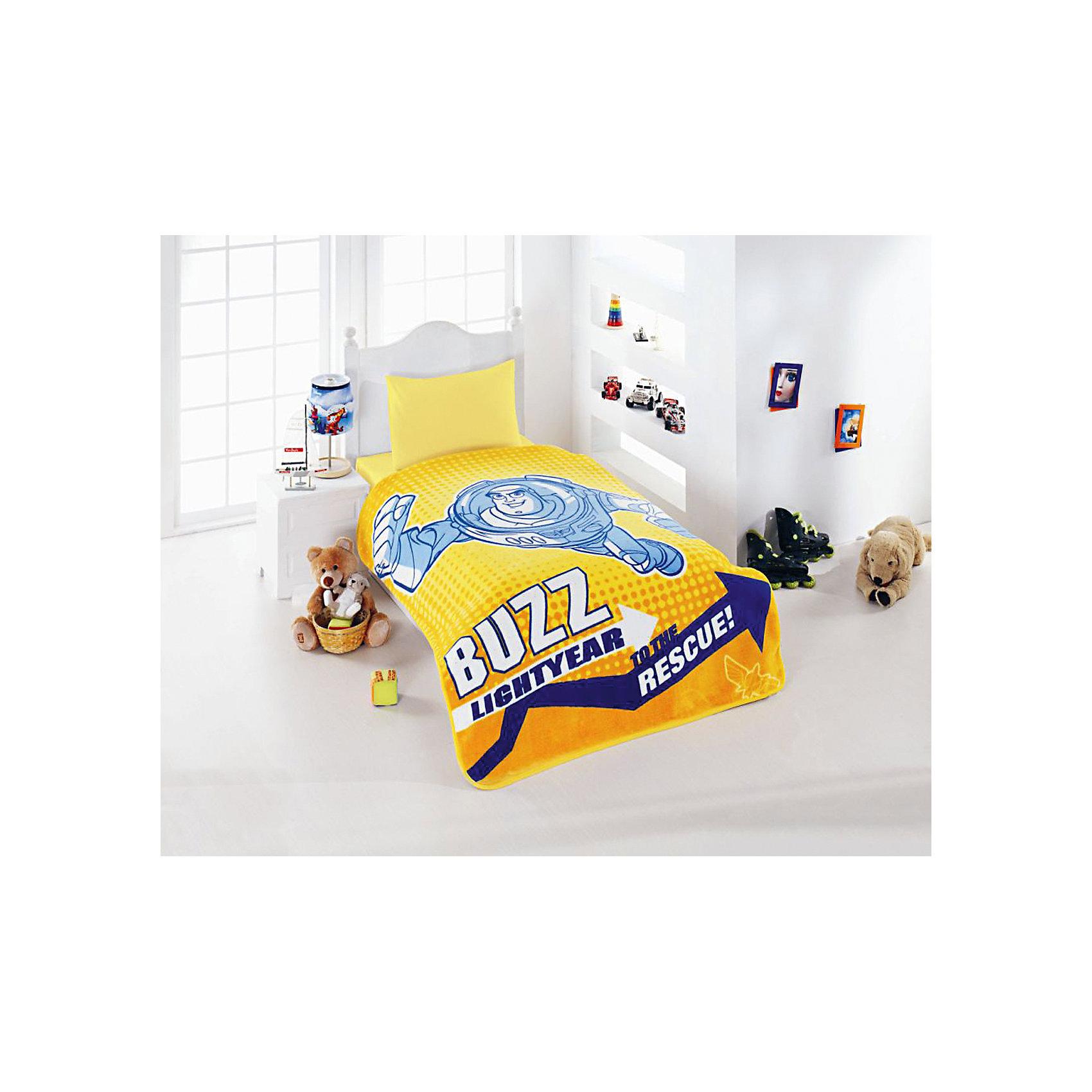 Плед детский 1,5 сп. лицензированный,TOY STORY3, TAC, желтыйДомашний текстиль<br>Характеристики товара: <br><br>• размер: 160х220см;<br>• общий размер: 1.5-спальный;<br>• материал: коралловый флис (акрил, полиэстер) ;<br>• цвет: желтый;<br>• страна бренда: Турция;<br>• страна производитель: Турция.<br><br>Этот плед от турецкого бренда TAC (ТАЧ) отлично подойдёт для мальчиков, которым нравится популярный мультфильм «Тачки». Все материалы, которые входят в состав этого комплекта, гипоаллергенны и не вызывают неприятных ощущений. <br><br>Ткань отличается своей плотностью и не боится воды. Ворс у такого материала отличается своим объемом и мягкостью.  Ткань благодаря специальному составу не электризуется.<br><br>Такой плед очень устойчив к частым стиркам, его рекомендуется стирать обычным стиральным порошком. <br>Волшебный мир любимых детских мультфильмов будет всегда создавать уют и радовать ребенка.<br><br>Детский Плед TOY STORY3 (Той Стори3) можно купить в нашем интернет-магазине.<br><br>Ширина мм: 390<br>Глубина мм: 80<br>Высота мм: 360<br>Вес г: 2300<br>Возраст от месяцев: 36<br>Возраст до месяцев: 144<br>Пол: Мужской<br>Возраст: Детский<br>SKU: 6849324