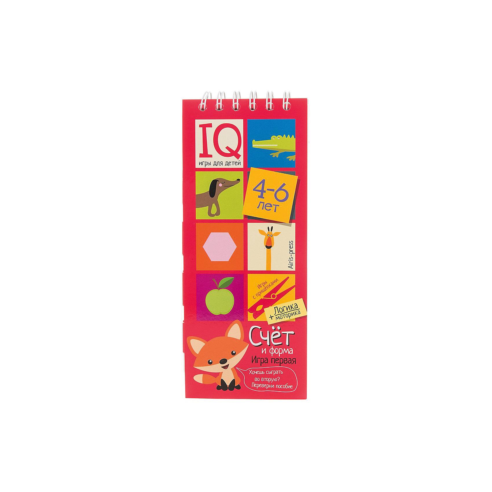 Игры с прищепками Счет и формаКниги для развития мышления<br>Характеристики товара:<br><br>• возраст: от 4 лет<br>• комплектация: блокнот на пружине, состоящий из 30 картонных карточек; 8 разноцветных прищепок.<br>• производитель: Айрис-пресс<br>• серия: IQ игры<br>• иллюстрации: цветные<br>• размер блокнота: 23,5х9,5х1,5 см.<br>• размер прищепки: 3,5х0,5х1 см.<br><br>«Счёт и форма» – это игровой комплект, с помощью которого ребенок научится считать до 10, познакомится с основными геометрическими формами, разовьет логическое мышление, внимание, мелкую моторику и координацию.<br><br>Комплект представляет собой небольшой блокнот на пружине, состоящий из 30 картонных карточек, и 8 разноцветных прищепок. Ребенок должен составить пары из картинок, подбирая их по количеству предметов или по форме. Напротив парных изображений он закрепляет прищепки одного цвета. Чтобы узнать правильный ответ, достаточно перевернуть страничку и провести рукой по лабиринту на обратной стороне. Если линия соединяет прищепки одного цвета, значит задание выполнено, правильно.<br><br>Простота и удобство комплекта позволяют использовать его в детском саду, дома и на отдыхе.<br><br>Игры с прищепками Счет и форма можно купить в нашем интернет-магазине.<br><br>Ширина мм: 15<br>Глубина мм: 95<br>Высота мм: 240<br>Вес г: 138<br>Возраст от месяцев: 48<br>Возраст до месяцев: 72<br>Пол: Унисекс<br>Возраст: Детский<br>SKU: 6849567