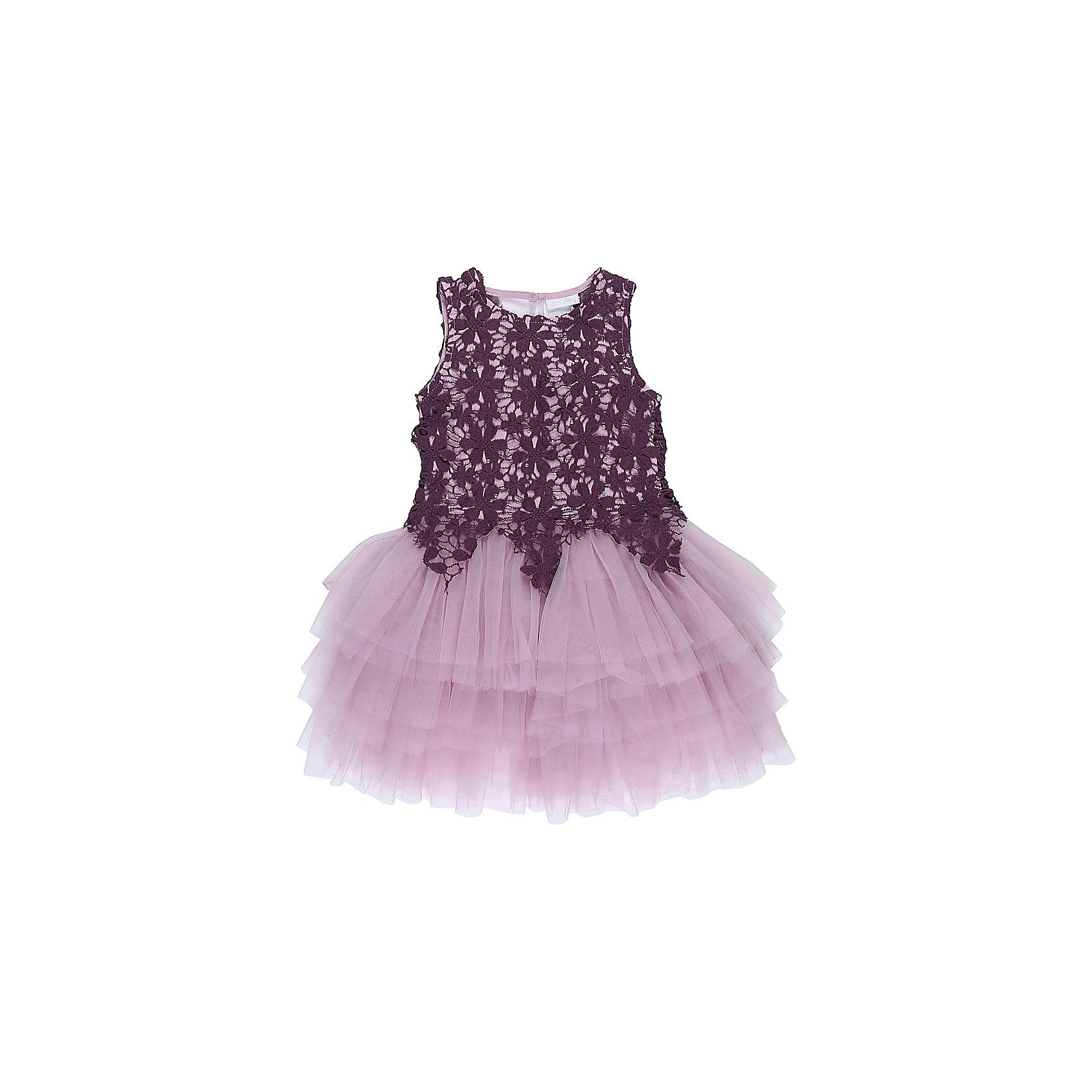 Платье для девочки Sweet BerryОдежда<br>Характеристики товара:<br><br>• цвет: розовый<br>• сезон: круглый год<br>• состав: верх: 100% полиэстер, подкладка: 100% хлопок<br>• стиль: праздник<br>• короткий рукав<br>• особенности: нарядное, пышное<br>• страна бренда: Россия<br>• страна производитель: Китай<br><br>Платье текстильное для девочки, комфортно и приятно прилегает к телу. <br><br>Верх обшит кружевным полотном, спускающимся на юбку красивыми треугольниками. <br><br>Юбка - пышная, многоярусная, создающая нарядный вид. <br><br>Оригинальный лиловый цвет платья делает наряд стильным и модным.<br><br>Платье для девочки Sweet Berry можно купить в нашем интернет-магазине.<br><br>Ширина мм: 236<br>Глубина мм: 16<br>Высота мм: 184<br>Вес г: 177<br>Цвет: фиолетовый<br>Возраст от месяцев: 36<br>Возраст до месяцев: 48<br>Пол: Женский<br>Возраст: Детский<br>Размер: 104,110,116,128,140,98<br>SKU: 6849854