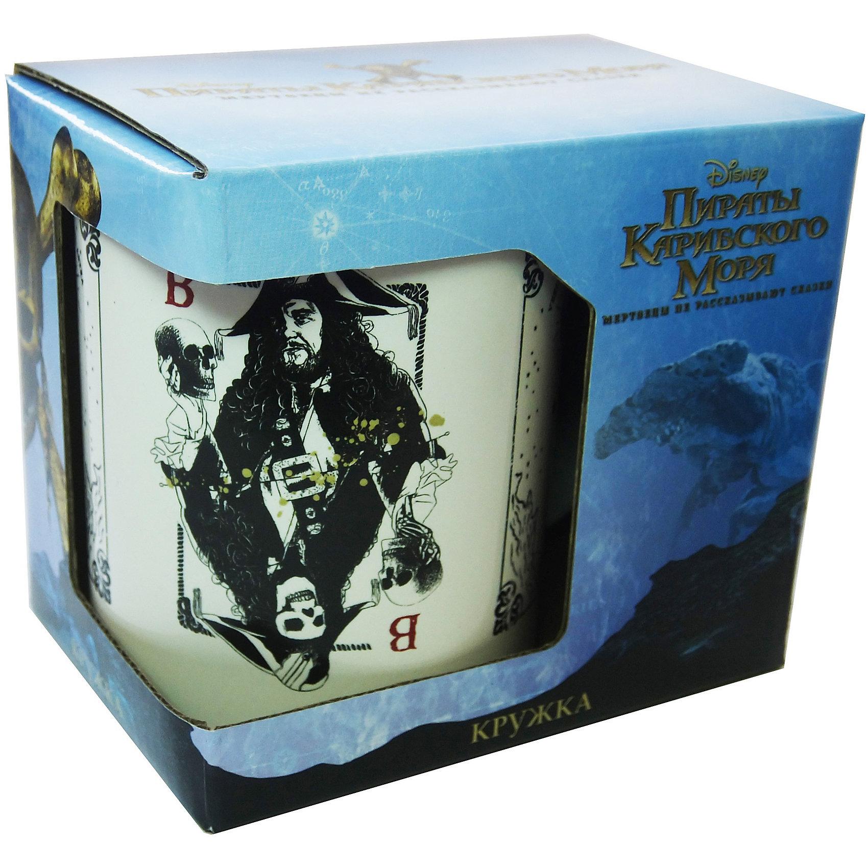 Кружка Пираты Карибского Моря. Карты в подарочной упаковке, 500мл., DisneyПосуда<br>Характеристики:<br><br>• Материал: керамика<br>• Можно использовать для горячих и холодных напитков<br>• Объем: 500 мл<br>• Упаковка: подарочная картонная коробка<br>• Вес: 530 г <br>• Размеры (Д*Ш*В): 12*8,2*9,5 см<br>• Особенности ухода: можно мыть в посудомоечной машине<br><br>Кружка Пираты Карибского моря. Карты в подарочной упаковке, 500 мл., Disney выполнена в стильном дизайне: на белый корпус нанесено изображение имитирующее игральные карты с героями фильма. Изображение устойчиво к появлению царапин, не выцветает при частом мытье. <br><br>Кружку Пираты Карибского моря. Карты в подарочной упаковке, 500 мл., Disney можно купить в нашем интернет-магазине.<br><br>Ширина мм: 120<br>Глубина мм: 82<br>Высота мм: 95<br>Вес г: 530<br>Возраст от месяцев: 36<br>Возраст до месяцев: 1188<br>Пол: Унисекс<br>Возраст: Детский<br>SKU: 6849950