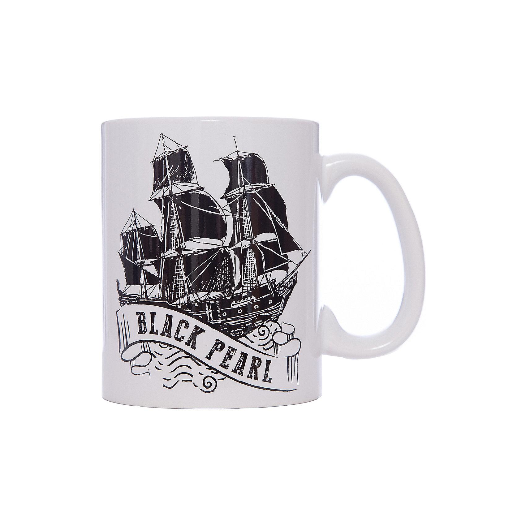 Кружка Пираты Карибского Моря. Черная Жемчужина, 500 мл., DisneyПосуда<br>Характеристики:<br><br>• Материал: керамика<br>• Тематика рисунка: Пираты Карибского моря<br>• Можно использовать для горячих и холодных напитков<br>• Объем: 500 мл<br>• Вес: 498 г <br>• Размеры (Д*Ш*В): 12*8,2*9,5 см<br>• Особенности ухода: можно мыть в посудомоечной машине<br><br>Кружка Пираты Карибского моря. Черная Жемчужина, 500 мл., Disney выполнена в стильном дизайне: на белый корпус нанесено изображение корабля Черная Жемчужина. Изображение устойчиво к появлению царапин, не выцветает при частом мытье. <br><br>Кружку Кружка Пираты Карибского моря. Черная Жемчужина, 500 мл., Disney можно купить в нашем интернет-магазине.<br><br>Ширина мм: 120<br>Глубина мм: 82<br>Высота мм: 95<br>Вес г: 498<br>Возраст от месяцев: 36<br>Возраст до месяцев: 1188<br>Пол: Унисекс<br>Возраст: Детский<br>SKU: 6849953