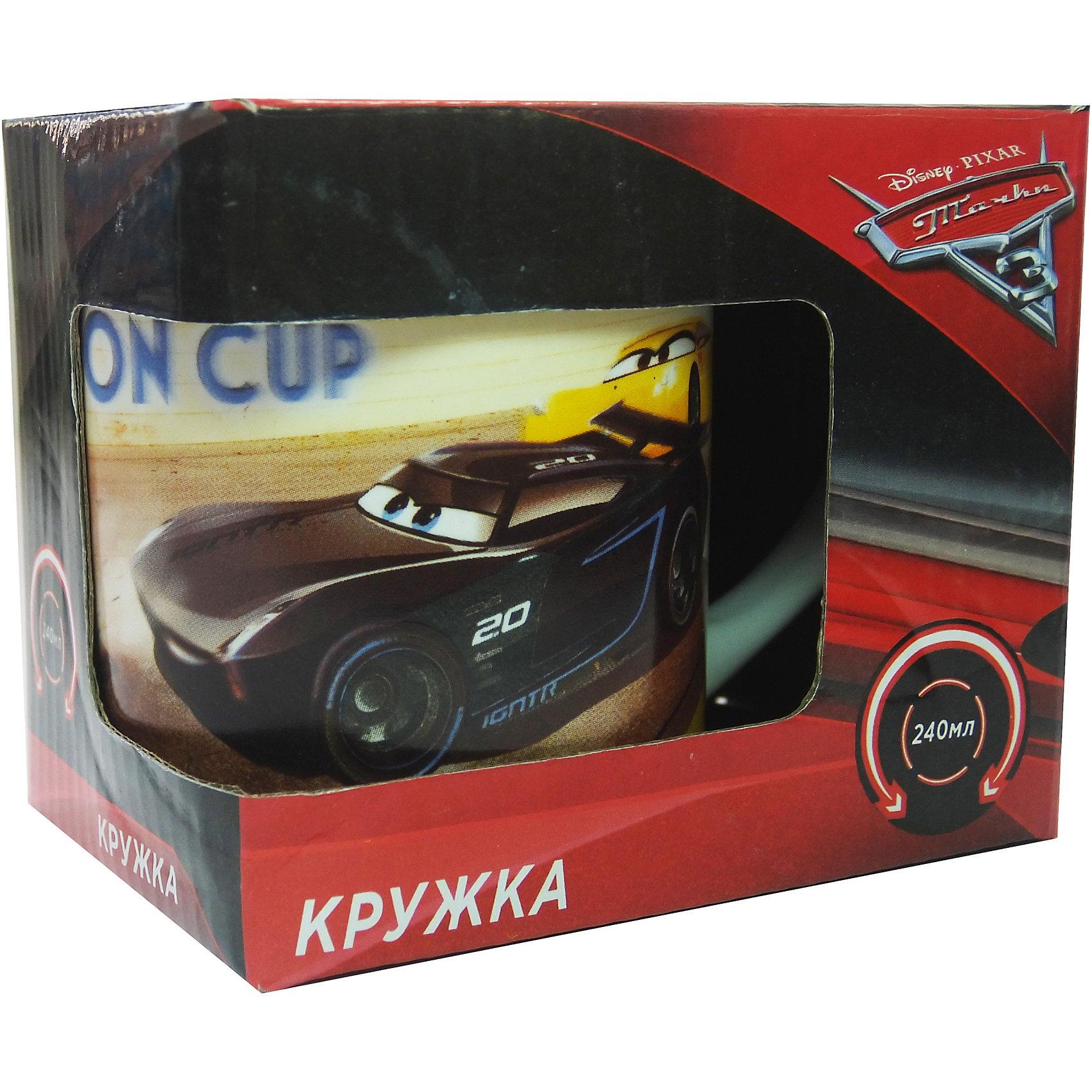 Кружка Тачки 3 в подарочной упаковке, 240 мл., DisneyТачки<br>Характеристики:<br><br>• Материал: керамика<br>• Тематика рисунка: Тачки<br>• Можно использовать для горячих и холодных напитков<br>• Упаковка: подарочная картонная коробка<br>• Объем: 240 мл<br>• Вес: 280 г<br>• Размеры (Д*Ш*В): 12*8,2*9,5 см<br>• Особенности ухода: можно мыть в посудомоечной машине<br><br>Кружка Тачки 3 в подарочной упаковке, 240 мл., Disney выполнена в стильном дизайне: на белый корпус нанесено изображение героев популярного мультсериала Тачки. Изображение устойчиво к появлению царапин, не выцветает при частом мытье. <br><br>Кружку Тачки 3 в подарочной упаковке, 240 мл., Disney можно купить в нашем интернет-магазине.<br><br>Ширина мм: 120<br>Глубина мм: 82<br>Высота мм: 95<br>Вес г: 280<br>Возраст от месяцев: 36<br>Возраст до месяцев: 1188<br>Пол: Унисекс<br>Возраст: Детский<br>SKU: 6849961