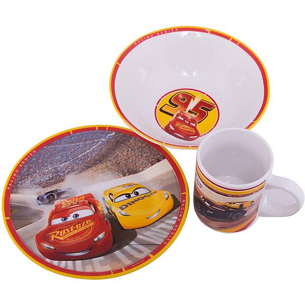 Набор посуды Тачки 3 в подарочной упаковке, 3 предмета, DisneyДетская посуда<br>Характеристики:<br><br>• Материал: керамика<br>• Тематика рисунка: Тачки<br>• Комплектация: кружка – 240 мл, миска – 18 см, тарелка – 19 см<br>• Можно использовать для горячих и холодных напитков<br>• Упаковка: подарочная картонная коробка<br>• Вес: 980 г<br>• Размеры (Д*Ш*В): 12*8,2*9,5 см<br>• Особенности ухода: можно мыть в посудомоечной машине<br><br>Набор посуды Тачки 3 в подарочной упаковке, 3 предмета, Disney включает в себя миска для первого блюда, тарелку для вторых блюд и кружку. Все изделия выполнены в стильном дизайне: на белый корпус нанесено изображение героев популярного мультсериала Тачки. Изображение устойчиво к появлению царапин, не выцветает при частом мытье. <br><br>Набор посуды Тачки 3 в подарочной упаковке, 3 предмета, Disney можно купить в нашем интернет-магазине.<br>Ширина мм: 120; Глубина мм: 82; Высота мм: 95; Вес г: 980; Возраст от месяцев: 36; Возраст до месяцев: 1188; Пол: Унисекс; Возраст: Детский; SKU: 6849962;