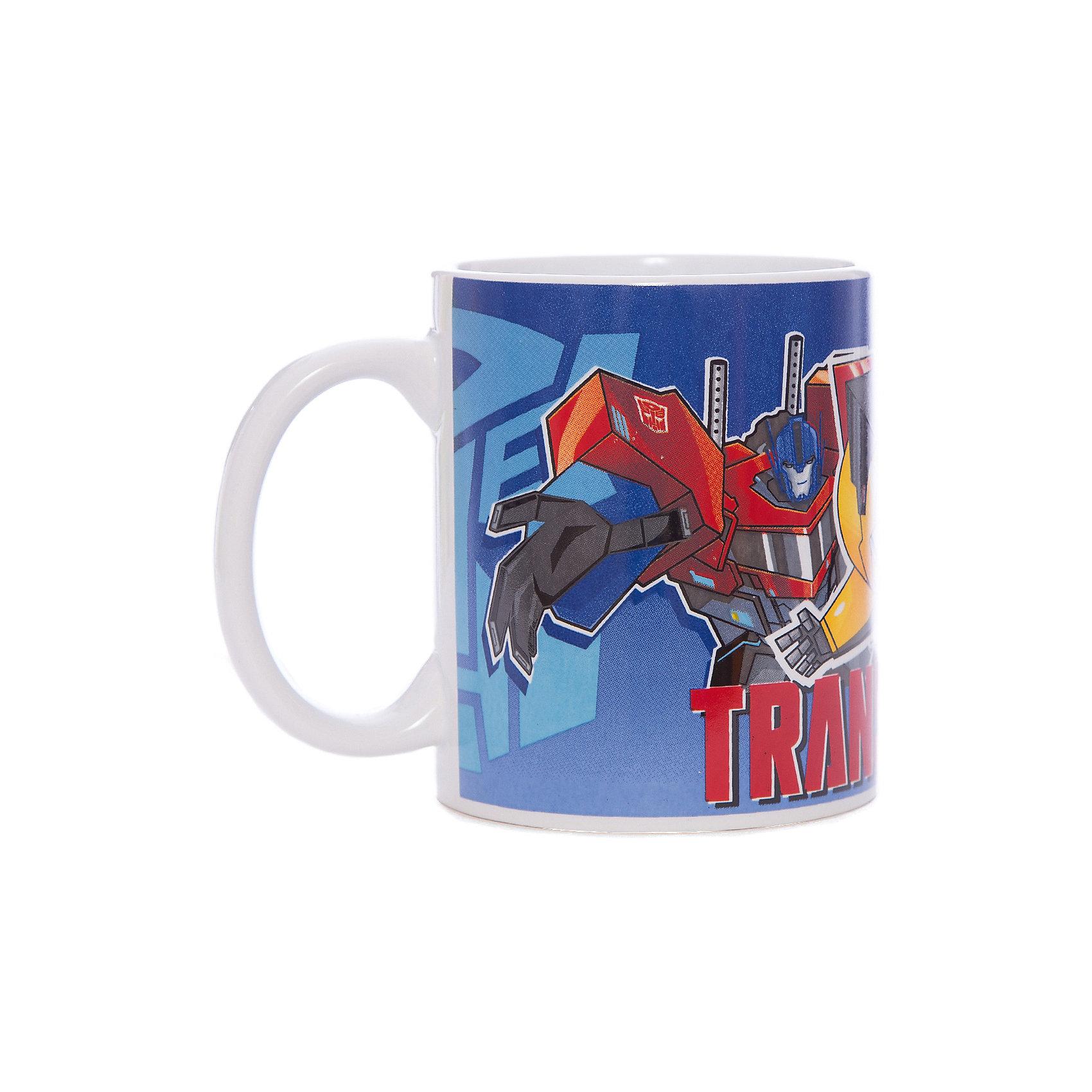 Кружка Transformers Роботы под прикрытием, 350 мл,Посуда<br>Характеристики:<br><br>• Материал: керамика<br>• Тематика рисунка: Трансформеры<br>• Можно использовать для горячих и холодных напитков<br>• Объем: 350 мл<br>• Вес: 323 г<br>• Размеры (Д*Ш*В): 12*8,2*9,5 см<br>• Особенности ухода: можно мыть в посудомоечной машине<br><br>Кружка Transformers Роботы под прикрытием, 350 мл выполнена в стильном дизайне: на синий корпус нанесено изображение героев популярного мультсериала Трансформеры. Изображение детально отражает облик экранного прототипа, устойчиво к появлению царапин, не выцветает при частом мытье. <br><br>Кружку Transformers Роботы под прикрытием, 350 мл можно купить в нашем интернет-магазине.<br><br>Ширина мм: 120<br>Глубина мм: 82<br>Высота мм: 95<br>Вес г: 323<br>Возраст от месяцев: 36<br>Возраст до месяцев: 1188<br>Пол: Мужской<br>Возраст: Детский<br>SKU: 6849975