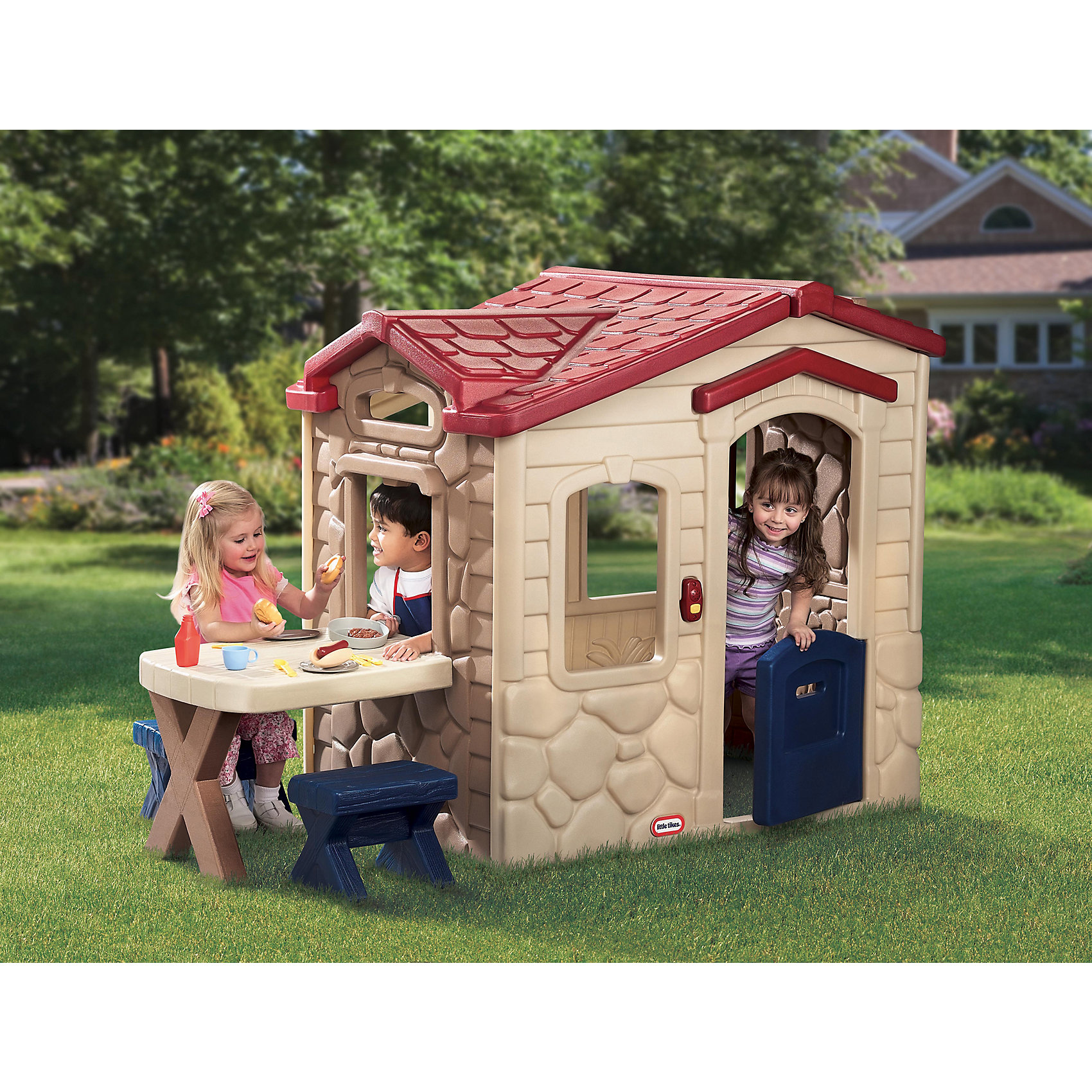 Игровой домик Пикник, Little TikesДомики и мебель<br>У домика есть столик для пикника, угощения можно подавать прямо через расположенное над ним окошко, в комплекте 2 стульчика, посуда, аксессуары, имитирующие еду. У домика есть дверной звонок с 6-ю различными мелодиями <br>(батарейки не входят в комплект). Для детей 2-5 лет. Размеры домика в собранном виде: 186 х 94 х 121 см (д, ш, в). Размеры упаковки: 113 х 40 х 122 см. Вес упаковки: 35,85 кг. Объем упаковки: 0,56м3.<br><br>Ширина мм: 410<br>Глубина мм: 1150<br>Высота мм: 1200<br>Вес г: 33000<br>Возраст от месяцев: 24<br>Возраст до месяцев: 60<br>Пол: Унисекс<br>Возраст: Детский<br>SKU: 6853716