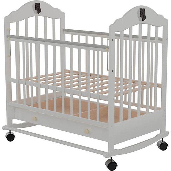 Кроватка 7, Briciola, белыйДетские кроватки<br>Характеристики: <br><br>• высота ложа регулируется в 2-х положениях;<br>• ортопедическое основание ложа;<br>• функция качалки при условии снятых колесиков;<br>• тип бортиков: реечные;<br>• боковая стенка опускается;<br>• кроватка оснащена колесиками, 4 шт., без фиксаторов, колеса съемные;<br>• кроватка оснащена выдвижным ящиком, 2 отдела;<br>• размер спального места: 120х60 см;<br>• материал: массив березы;<br>• размер упаковки: 124х80х17 см;<br>• вес: 32 кг.<br><br>Кроватку 7, Briciola, белый можно купить в нашем интернет-магазине.<br><br>Ширина мм: 1240<br>Глубина мм: 800<br>Высота мм: 170<br>Вес г: 32000<br>Возраст от месяцев: 0<br>Возраст до месяцев: 36<br>Пол: Унисекс<br>Возраст: Детский<br>SKU: 6856007