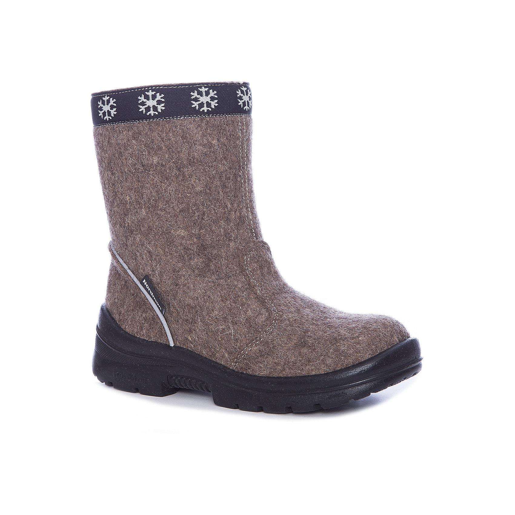 Валенки  NordmanВаленки<br>Характеристики товара:<br><br>• цвет: коричневый<br>• материал верха: текстиль (войлок)<br>• подклад: шерстяной мех<br>• стелька: шерстяной мех<br>• подошва: полиуретан<br>• сезон: зима<br>• температурный режим: от 0 до -30<br>• застежка: молния<br>• защита мыса<br>• подошва не скользит<br>• анатомические <br>• страна бренда: Россия<br>• страна изготовитель: Россия<br><br>Валенки Nordman позволяют сохранить ноги в тепле, а литая высокая полиуретановая подошва одновременно не дать им промокнуть и обеспечивает дополнительную защиту от холода. Такая обувь отлично подходит для морозной зимы. <br><br>Антискользящий протектор позволяет детям увереннее держаться на ногах даже в гололед. Меховая подкладка обеспечивает комфортные условия для ног благодаря способности материала впитывать влагу. Стелька из меха легко вынимается и быстро сохнет.<br><br>Валенки Nordman (Нордман) можно купить в нашем интернет-магазине.<br><br>Ширина мм: 257<br>Глубина мм: 180<br>Высота мм: 130<br>Вес г: 420<br>Цвет: коричневый<br>Возраст от месяцев: 132<br>Возраст до месяцев: 144<br>Пол: Унисекс<br>Возраст: Детский<br>Размер: 35,27,28,29,30,31,32,33,34<br>SKU: 6867323