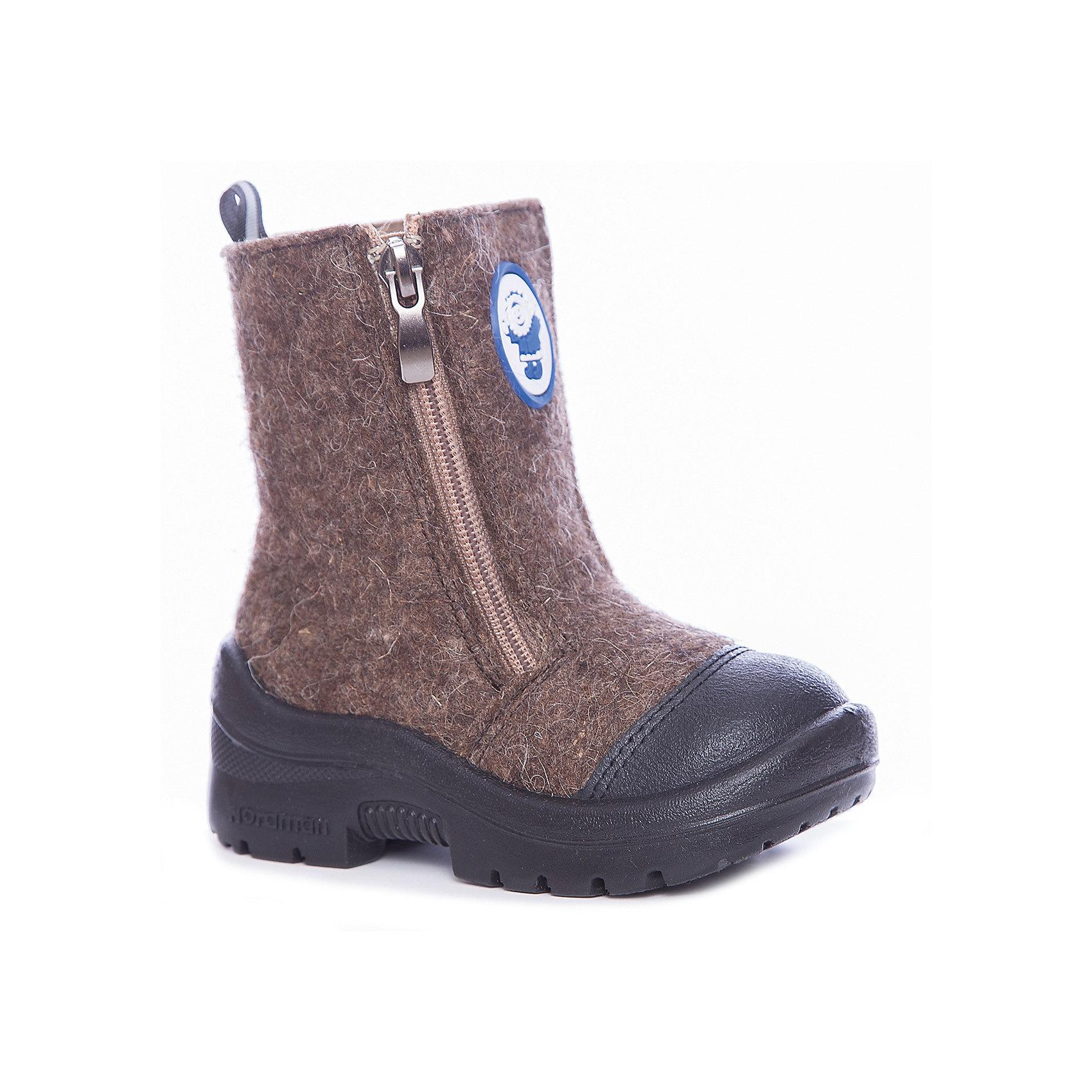 Валенки  NordmanВаленки<br>Характеристики товара:<br><br>• цвет: коричневый<br>• материал верха: текстиль (войлок)<br>• подклад: шерстяной мех<br>• стелька: шерстяной мех<br>• подошва: полиуретан<br>• сезон: зима<br>• температурный режим: от 0 до -30<br>• застежка: молния<br>• защита мыса<br>• подошва не скользит<br>• анатомические <br>• страна бренда: Россия<br>• страна изготовитель: Россия<br><br>Валенки Nordman позволяют сохранить ноги в тепле, а литая высокая полиуретановая подошва одновременно не дать им промокнуть и обеспечивает дополнительную защиту от холода. Такая обувь отлично подходит для морозной зимы. <br><br>Антискользящий протектор позволяет детям увереннее держаться на ногах даже в гололед. Меховая подкладка обеспечивает комфортные условия для ног благодаря способности материала впитывать влагу. Стелька из меха легко вынимается и быстро сохнет.<br><br>Валенки Nordman (Нордман) можно купить в нашем интернет-магазине.<br><br>Ширина мм: 257<br>Глубина мм: 180<br>Высота мм: 130<br>Вес г: 420<br>Цвет: коричневый<br>Возраст от месяцев: 24<br>Возраст до месяцев: 36<br>Пол: Унисекс<br>Возраст: Детский<br>Размер: 26,22,23,24,25<br>SKU: 6867400
