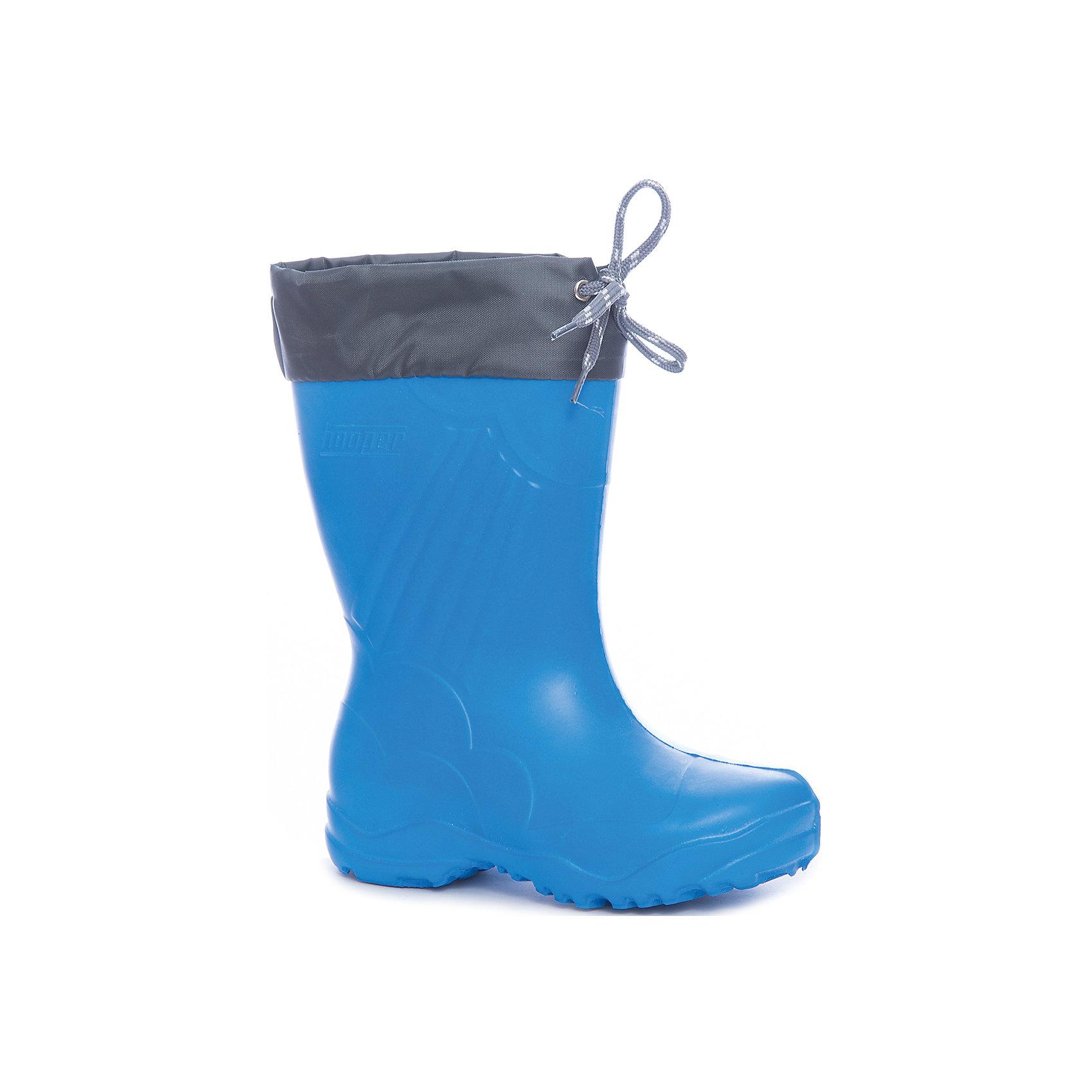 Резиновые сапоги для мальчика NordmanРезиновые сапоги<br>Характеристики товара:<br><br>• цвет: синий<br>• материал верха: ЭВА<br>• подклад: нетканое полотно<br>• стелька: нетканое полотно<br>• подошва: ЭВА<br>• сезон: зима, демисезон<br>• температурный режим: от +10 до -5<br>• сапожок съемный<br>• непромокаемые<br>• подошва не скользит<br>• анатомические <br>• страна бренда: Россия<br>• страна изготовитель: Россия<br><br>Резиновые сапоги для мальчика Nordman позволяют сохранить ноги в тепле и одновременно не дают им промокнуть. Такая обувь отлично подходит для теплой зимы или слякоти в межсезонье. <br><br>Высокое голенище с манжетой предотвращает попадание влаги или грязи в сапог. Флисовая мягкая подкладка обеспечивает ногам комфортные условия. Съемный сапожок быстро высыхает.<br><br>Резиновые сапоги для мальчика Nordman (Нордман) можно купить в нашем интернет-магазине.<br><br>Ширина мм: 237<br>Глубина мм: 180<br>Высота мм: 152<br>Вес г: 438<br>Цвет: синий<br>Возраст от месяцев: 108<br>Возраст до месяцев: 120<br>Пол: Мужской<br>Возраст: Детский<br>Размер: 32/33,24/25,25/26,26/27,27/28,28/29,29/30,30/31,31/32<br>SKU: 6867519