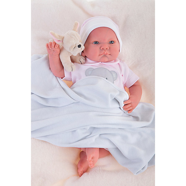 Кукла Реборн младенец Ника, 40см, Munecas Antonio JuanКуклы<br>Характеристики товара:<br><br>• возраст: от 3 лет;<br>• материал: винил, текстиль;<br>• в комплекте: кукла, одежда, мягкая игрушка;<br>• высота куклы: 40 см;<br>• размер упаковки: 55х28х20 см;<br>• вес упаковки: 3,65 кг;<br>• страна производитель: Испания.<br><br>Кукла Реборн младенец Ника Munecas Antonio Juan выглядит как самый настоящий малыш. Ника одета в комбинезончик с изображением мордочки, а в руках держит мягкую игрушку. Куклы серии Реборн отличаются проработкой деталей на младенцах. У них выразительные глазки с ресничками, мягкая кожа, на ручках даже видны отросшие ноготки. Кукла выполнена из качественного винила с бархатистым покрытием. Игра с куклой приучит девочку к ответственности, воспитает чувство заботы и любви.<br><br>Куклу Реборн младенец Ника Munecas Antonio Juan можно приобрести в нашем интернет-магазине.<br><br>Ширина мм: 200<br>Глубина мм: 280<br>Высота мм: 550<br>Вес г: 3650<br>Возраст от месяцев: 36<br>Возраст до месяцев: 2147483647<br>Пол: Женский<br>Возраст: Детский<br>SKU: 6886593