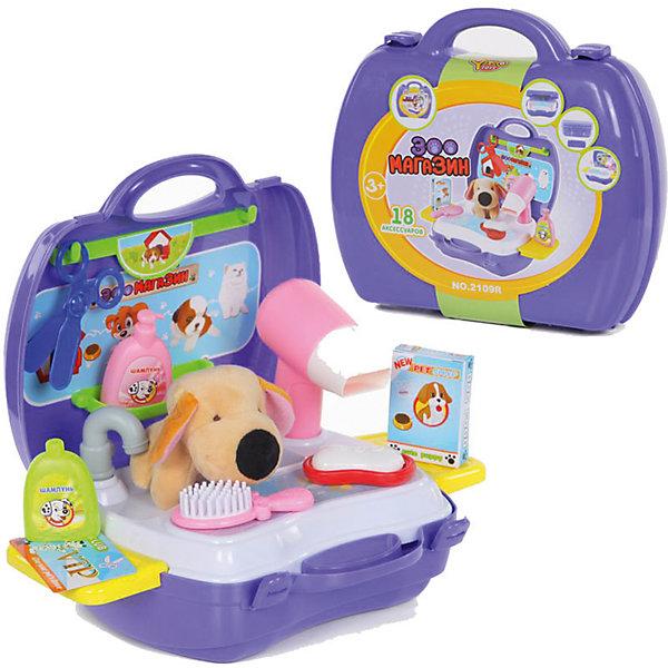 Игровой набор Зоомагазин, YakoДругие наборы<br>Характеристики товара:<br><br>• в комплекте: чемоданчик, мойка, игрушка, аксессуары;<br>• материал: пластик, текстиль;<br>• возраст: от 3-х лет;<br>• размер упаковки: 30х34х30 см;<br>• вес: 522 грамма;<br>• страна бренда: Китай.<br><br>Игровой набор «Зоомагазин» - настоящий салон красоты для маленького питомца. В комплект входят все необходимые принадлежности для ухода за питомцами: мойка, фен, баночки с шампунем, ножницы, расческа, игрушечная собачка и другие аксессуары.<br><br>Чемоданчик имеет потайные отделения и крючки для удобного расположения принадлежностей. Пластиковый контейнер легко трансформируется в ванну для собачки.<br><br>Собачку можно помыть специальными средствами, высушить феном, подстричь и сделать красивую прическу. Останется только дополнить образ прекрасным ошейником.<br><br>Игровой набор Зоомагазин, Yako (Яко) можно купить в нашем интернет-магазине.<br><br>Ширина мм: 300<br>Глубина мм: 340<br>Высота мм: 300<br>Вес г: 522<br>Возраст от месяцев: 36<br>Возраст до месяцев: 2147483647<br>Пол: Женский<br>Возраст: Детский<br>SKU: 6893377