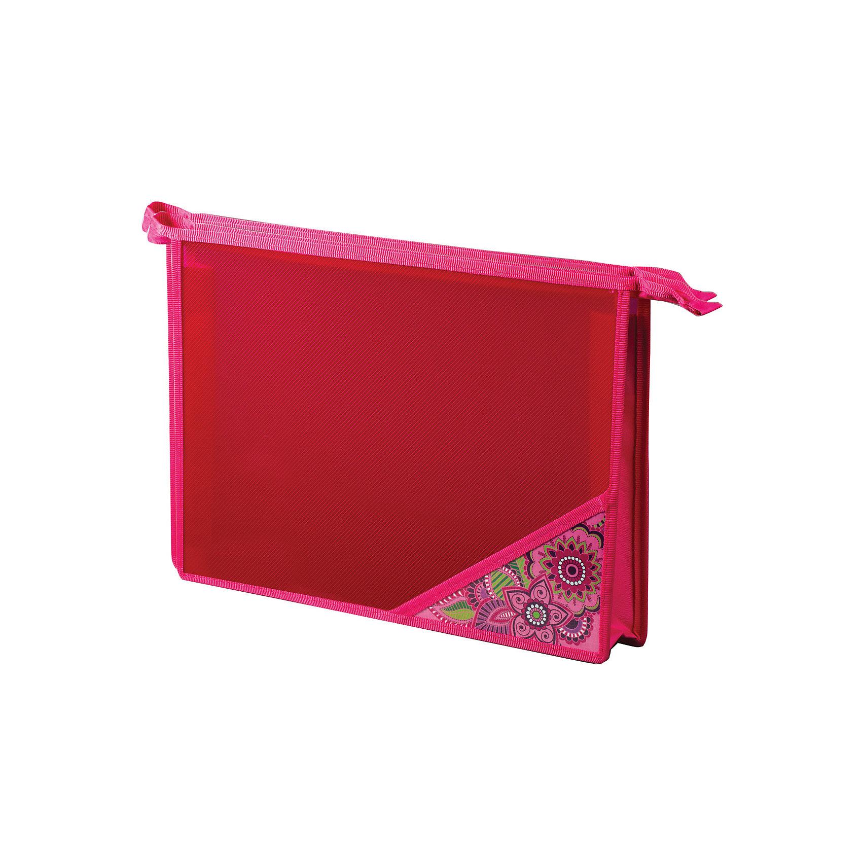 Папка для тетрадей Brauberg МечтаПапки для тетрадей<br>Папка для тетрадей предназначена для девочек 7-10 лет. Выполнена в нежно-розовой гамме. Изготовлена из прочного пластика и декорирована уголком с цветочными принтами. Обязательно придется по вкусу маленьким модницам.•Формат А4 (330х230 мм). •1 отделение. •Застежка-молния по верхнему краю папки. •Материал папки - полипропилен. •Материал уголка - ламинированный картон.<br><br>Ширина мм: 390<br>Глубина мм: 230<br>Высота мм: 5<br>Вес г: 108<br>Возраст от месяцев: 72<br>Возраст до месяцев: 2147483647<br>Пол: Женский<br>Возраст: Детский<br>SKU: 6893812