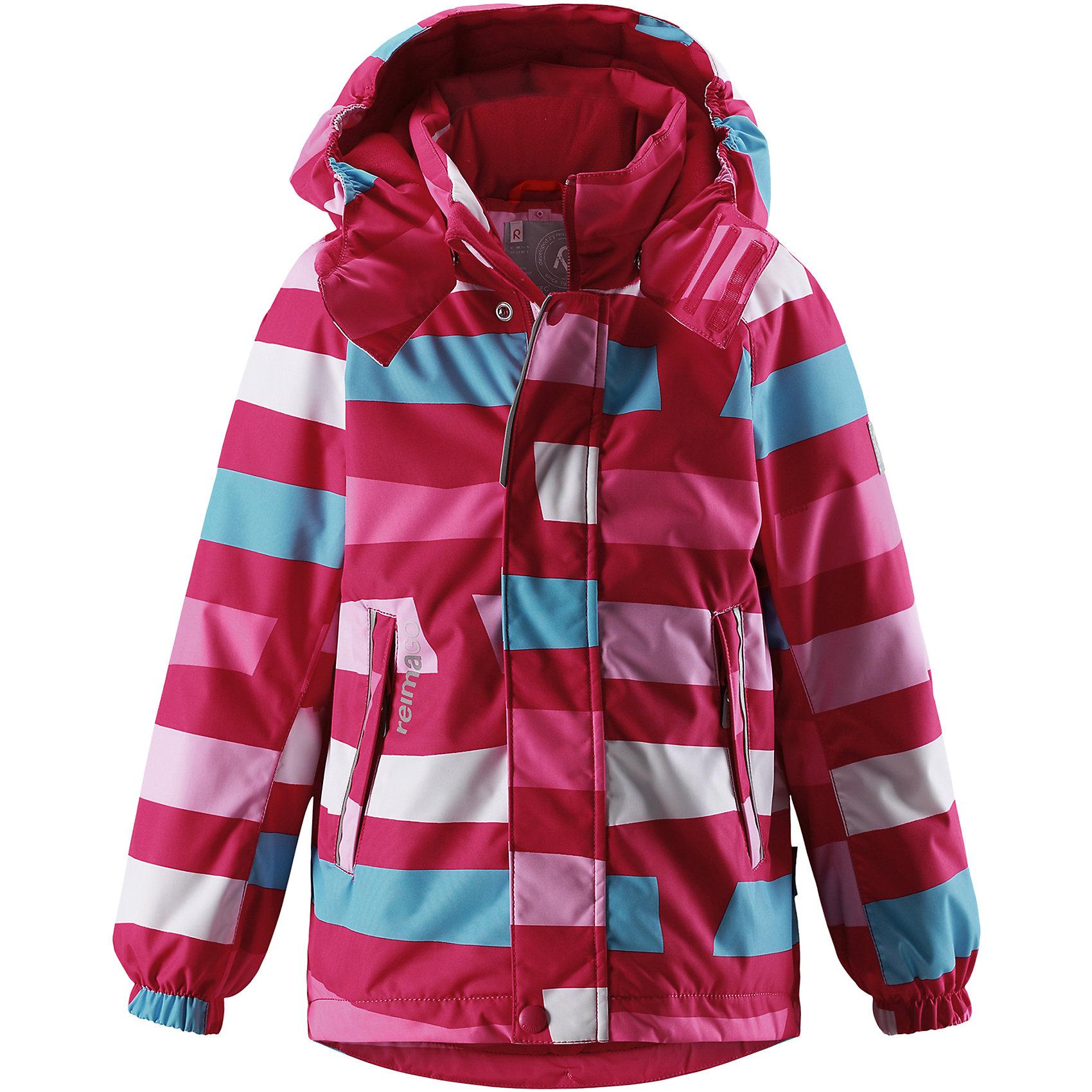Куртка Reimatec® Reima Talik для девочкиЗимние куртки<br>Характеристики товара:<br><br>• цвет: розовый;<br>• состав: 100% полиэстер;<br>• подкладка: 100% полиэстер;<br>• утеплитель: 160 г/м2<br>• температурный режим: от 0 до -20С;<br>• сезон: зима; <br>• водонепроницаемость: 15000 мм;<br>• воздухопроницаемость: 7000 мм;<br>• износостойкость: 35000 циклов (тест Мартиндейла);<br>• водо- и ветронепроницаемый, дышащий и грязеотталкивающий материал;<br>• все швы проклеены и водонепроницаемы;<br>• гладкая подкладка из полиэстера;<br>• эластичные манжеты;<br>• застежка: молния с защитой подбородка;<br>• безопасный съемный и регулируемый капюшон на кнопках;<br>• регулируемый подол;<br>• два кармана на молнии;<br>• внутренний нагрудный карман;<br>• карман с креплением для сенсора ReimaGO®;<br>• светоотражающие детали;<br>• страна бренда: Финляндия;<br>• страна изготовитель: Китай.<br><br>Детская непромокаемая зимняя куртка Reimatec® изготовлена из водо и ветронепроницаемого, дышащего и прочного материала. Эффективно отталкивает грязь. Все швы проклеены, водонепроницаемы. В этой модели просторного кроя подол легко регулируется, что позволяет подогнать куртку точно по фигуре. <br><br>Съемный и регулируемый капюшон защищает от пронизывающего ветра и проливного дождя, а еще он безопасен во время игр на свежем воздухе. С помощью удобной системы кнопок Play Layers® к этой куртке можно присоединять одежду промежуточного слоя Reima®, которая подарит вашему ребенку дополнительное тепло и комфорт. <br><br>В куртке предусмотрены эластичные манжеты, два кармана на молнии, внутренний нагрудный карман, карман для сенсора ReimaGO® и множество светоотражающих деталей. Эта куртка очень проста в уходе, кроме того, ее можно сушить в стиральной машине.<br><br>Куртку Talik Reimatec® Reima от финского бренда Reima (Рейма) можно купить в нашем интернет-магазине.<br><br>Ширина мм: 356<br>Глубина мм: 10<br>Высота мм: 245<br>Вес г: 519<br>Цвет: розовый<br>Возраст от месяцев: 108<br>Возраст до месяцев