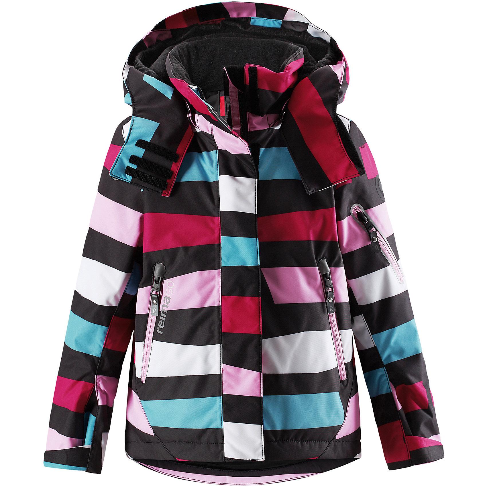 Куртка Reimatec® Reima Roxana для девочкиВерхняя одежда<br>Характеристики товара:<br><br>• цвет: мультиколор;<br>• 100% полиэстер;<br>• утеплитель: 100% полиэстер, 140 г/м2;<br>• сезон: зима;<br>• температурный режим: от 0 до -20С;<br>• водонепроницаемость: 15000 мм;<br>• воздухопроницаемость: 7000 мм;<br>• износостойкость: 30000 циклов (тест Мартиндейла)<br>• ветронепроницаемый, дышащий материал;<br>• водо- грязеотталкивающий материал;<br>• все швы проклеены и водонепроницаемы;<br>• гладкая подкладка из полиэстера;<br>• застежка: молния с дополнительной планкой на липучках;<br>• защита подбородка от защемления;<br>• безопасный, съемный и регулируемый капюшон;<br>• регулируемые манжеты и внутренние манжеты из лайкры;<br>• регулируемый подол, снегозащитный манжет на талии;<br>• карманы на молнии, карман для skipass на рукаве;<br>• карман для очков и внутренний нагрудный карман;<br>• карман с креплениями для сенсора ReimaGO®;<br>• светоотражающие элементы;<br>• страна бренда: Финляндия;<br>• страна производства: Китай.<br><br>Зимняя куртка на молнии Reimatec® с множеством функциональных деталей. Куртка с проклеенными швами сшита из специального, водо и грязеотталкивающего и дышащего материала. Эта куртка с подкладкой из гладкого полиэстера легко надевается, и ее очень удобно носить с теплым промежуточным слоем. <br><br>Манжеты и подол куртки регулируются, так что ее можно подогнать точно по фигуре. Снежную юбку можно пристегнуть к подкладке, если она не используется. Съемный и регулируемый капюшон безопасен во время игр на свежем воздухе, он легко отстегнется, если вдруг за что-нибудь зацепится. Капюшон также оснащен козырьком и отворотом, защищающим шею от ветра. <br><br>Отделку этой модной зимней модели довершают контрастные молнии на карманах, карман для лыжной карты на рукаве, нагрудный карман и карманы на молнии и специальный карман для сенсора ReimaGO. Эта куртка очень проста в уходе, кроме того, ее можно сушить в стиральной машине. Благодаря множеству практичны