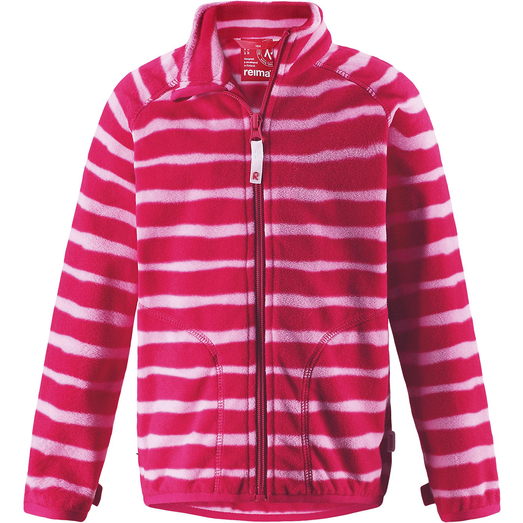 Флисовая кофта Reima SteppeТолстовки<br>Характеристики товара:<br><br>• цвет: розовый;<br>• состав: 100% полиэстер;<br>• сезон: зима;<br>• застежка: молния по всей длине с защитой подбородка;<br>• выводит влагу наружу;<br>• теплый, легкий и быстросохнущий флис;<br>• может пристегиваться к верхней одежде Reima® кнопками Play Layers®;<br>• эластичные манжеты и подол;<br>• два боковых кармана;<br>• страна бренда: Финляндия;<br>• страна изготовитель: Китай.<br><br>Супер удобная детская флисовая куртка превосходно послужит в качестве промежуточного слоя в морозные зимние дни – она теплая и очень мягкая на ощупь. Эта куртка изготовлена из легкого полярного флиса, дышащего и быстросохнущего материала. <br><br>Молния во всю длину облегчает надевание, а защита для подбородка не дает поцарапать молнией шею и подбородок. Практичную флисовую куртку легко можно пристегнуть к любой верхней одежде Reima®, оснащенной системой кнопок Play Layers®. Два боковых кармана и украшение в виде яркого рисунка.<br><br>Флисовая кофта Reima Steppe от финского бренда Reima (Рейма) можно купить в нашем интернет-магазине.<br><br>Ширина мм: 190<br>Глубина мм: 74<br>Высота мм: 229<br>Вес г: 236<br>Цвет: розовый<br>Возраст от месяцев: 108<br>Возраст до месяцев: 120<br>Пол: Унисекс<br>Возраст: Детский<br>Размер: 140,134,92,98,104,110,116,122,128<br>SKU: 6901959