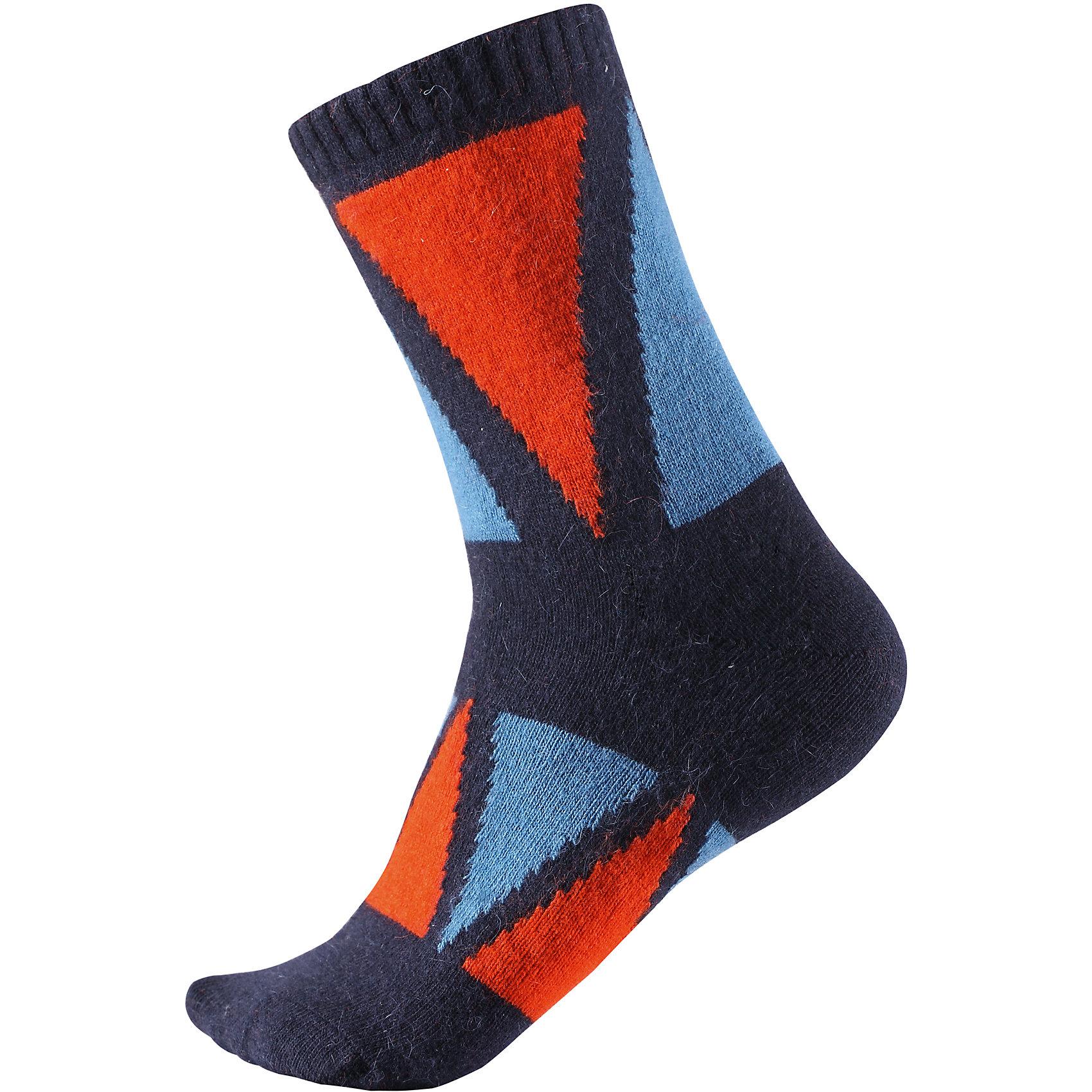 Носки Reima SavoНоски<br>Характеристики товара:<br><br>• цвет: синий;<br>• состав: 36% вискоза, 34% полиамид, 20% шерсть, 7% полиэстер, 3% эластан;<br>• сезон: зима;<br>• легкая ткань без вставок;<br>• быстро сохнут и сохраняют тепло;<br>• благодаря теплой и мягкой ткани из смеси ангорской шерсти ноги детей всегда в тепле;<br>• страна бренда: Финляндия;<br>• страна изготовитель: Китай.<br><br>Классные и яркие длинные детские носки из шерстяного трикотажа – отличный выбор для любителей активных прогулок! Носки изготовлены из теплой и мягкой ангорской полушерсти и превосходно регулируют температуру, особенно в морозные зимние дни! Эластичный шерстяной трикотаж отлично пропускает воздух и быстро сохнет, поэтому ребенку будет максимально комфортно во время веселых прогулок. Облегченная модель без усилений на подошве.<br><br>Носки Savo Reima от финского бренда Reima (Рейма) можно купить в нашем интернет-магазине.<br><br>Ширина мм: 87<br>Глубина мм: 10<br>Высота мм: 105<br>Вес г: 115<br>Цвет: синий<br>Возраст от месяцев: 168<br>Возраст до месяцев: 1188<br>Пол: Унисекс<br>Возраст: Детский<br>Размер: 34-37,22-25,26-29,30-33<br>SKU: 6902073