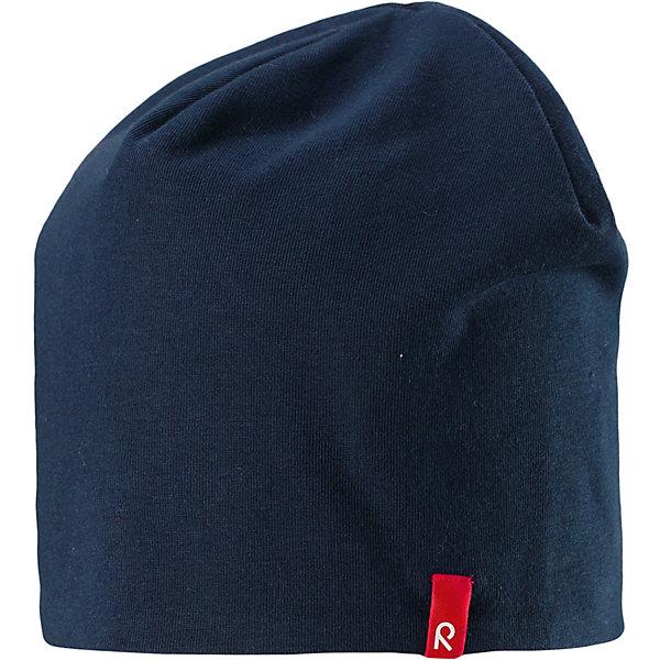 Шапка Reima HirviШапки и шарфы<br>Характеристики товара:<br><br>• цвет: темно-синий/серый;<br>• состав: 61% хлопок, 33% полиэстер, 6% эластан;<br>• сезон: демисезон;<br>• температурный режим: от +5 до +15С;<br>• двухсторонняя шапка;<br>• быстросохнущий материал Play jersey, приятный на ощупь;<br>• выводит влагу наружу;<br>• мягкий хлопчатобумажный материал;<br>• фактор защиты от ультрафиолета 40+;<br>• сплошная подкладка: материал Play jersey;<br>• логотип Reima® сбоку;<br>• страна бренда: Финляндия;<br>• страна изготовитель: Китай.<br><br>Легкая двусторонняя шапка для малышей и детей постарше свежей расцветки с УФ-защитой 40+. Шапка изготовлена из дышащего и быстросохнущего материла Play Jersey®, эффективно выводящего влагу с кожи. Озорная двухсторонняя шапка меняет цвет в одно мгновение.<br><br>Шапку Hirvi Reima от финского бренда Reima (Рейма) можно купить в нашем интернет-магазине.<br>Ширина мм: 89; Глубина мм: 117; Высота мм: 44; Вес г: 155; Цвет: синий; Возраст от месяцев: 36; Возраст до месяцев: 48; Пол: Унисекс; Возраст: Детский; Размер: 50-52,54-56; SKU: 6902489;