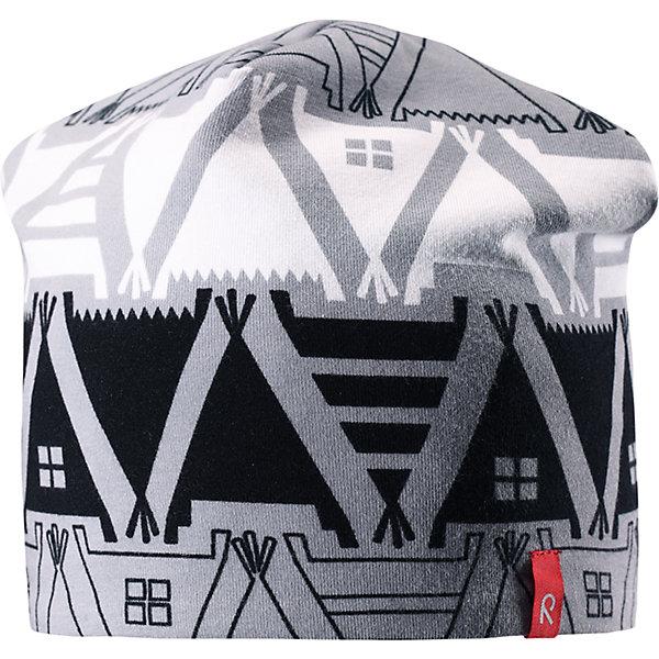Шапка Reima Hirvi для мальчикаГоловные уборы<br>Характеристики товара:<br><br>• цвет: серый принт/серый;<br>• состав: 61% хлопок, 33% полиэстер, 6% эластан;<br>• сезон: демисезон;<br>• температурный режим: от +5 до +15С;<br>• двухсторонняя шапка;<br>• быстросохнущий материал Play jersey, приятный на ощупь;<br>• выводит влагу наружу;<br>• мягкий хлопчатобумажный материал;<br>• фактор защиты от ультрафиолета 40+;<br>• сплошная подкладка: материал Play jersey;<br>• логотип Reima® сбоку;<br>• страна бренда: Финляндия;<br>• страна изготовитель: Китай.<br><br>Легкая двусторонняя шапка для малышей и детей постарше свежей расцветки с УФ-защитой 40+. Шапка изготовлена из дышащего и быстросохнущего материла Play Jersey®, эффективно выводящего влагу с кожи. Озорная двухсторонняя шапка меняет цвет в одно мгновение.<br><br>Шапку Hirvi Reima от финского бренда Reima (Рейма) можно купить в нашем интернет-магазине.<br><br>Ширина мм: 89<br>Глубина мм: 117<br>Высота мм: 44<br>Вес г: 155<br>Цвет: черный<br>Возраст от месяцев: 36<br>Возраст до месяцев: 48<br>Пол: Мужской<br>Возраст: Детский<br>Размер: 50-52,54-56<br>SKU: 6902492