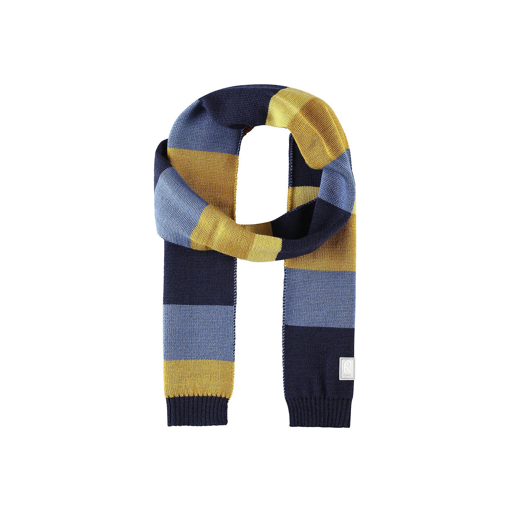 Шарф Reima NylandВерхняя одежда<br>Характеристики товара:<br><br>• цвет: синий/желтый;<br>• состав: 50% шерсть, 50% полиакрил;<br>• сезон: зима;<br>• температурный режим: от 0С;<br>• шерсть идеально поддерживает температуру;<br>• мягкая и теплая ткань из смеси шерсти;<br>• логотип Reima® спереди;<br>• страна бренда: Финляндия;<br>• страна изготовитель: Китай.<br><br>Детский зимний шарф изготовлен из мягкого и теплого шерстяного трикотажа. Эластичный и дышащий материал обеспечивает хорошую терморегуляцию. Снабжен светоотражающей эмблемой Reima.<br><br>Шарф Nyland Reima от финского бренда Reima (Рейма) можно купить в нашем интернет-магазине.<br><br>Ширина мм: 88<br>Глубина мм: 155<br>Высота мм: 26<br>Вес г: 106<br>Цвет: синий<br>Возраст от месяцев: 48<br>Возраст до месяцев: 168<br>Пол: Унисекс<br>Возраст: Детский<br>Размер: one size<br>SKU: 6902549