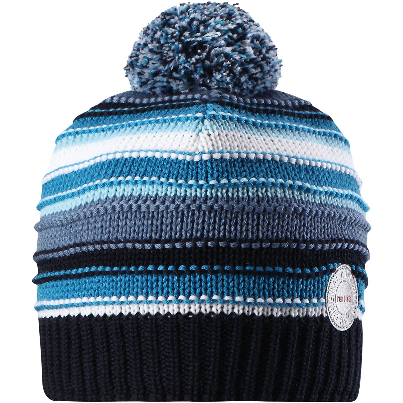 Шапка Reima HurmosГоловные уборы<br>Характеристики товара:<br><br>• цвет: синий;<br>• состав: 100% шерсть;<br>• подкладка: 97% хлопок, 3% эластан;<br>• утеплитель: 40 г/м2;<br>• сезон: зима;<br>• температурный режим: от 0 до -20С;<br>• мягкая ткань из мериносовой шерсти для поддержания идеальной температуры тела;<br>• ветронепроницаемые вставки в области ушей;<br>• сплошная подкладка: мягкий теплый флис;<br>• шапка с помпоном;<br>• логотип Reima® сзади;<br>• страна бренда: Финляндия;<br>• страна изготовитель: Китай.<br><br>Шапка для малышей и детей постарше изготовлена из дышащей и теплой мериносовой шерсти. Мягкая флисовая подкладка гарантирует тепло, а ветронепроницаемые вставки между верхним слоем и подкладкой защищают уши. Помпон на макушке.<br><br>Шапку Hurmos Reima от финского бренда Reima (Рейма) можно купить в нашем интернет-магазине.<br><br>Ширина мм: 89<br>Глубина мм: 117<br>Высота мм: 44<br>Вес г: 155<br>Цвет: синий<br>Возраст от месяцев: 84<br>Возраст до месяцев: 144<br>Пол: Унисекс<br>Возраст: Детский<br>Размер: 56,54,50,52<br>SKU: 6902681