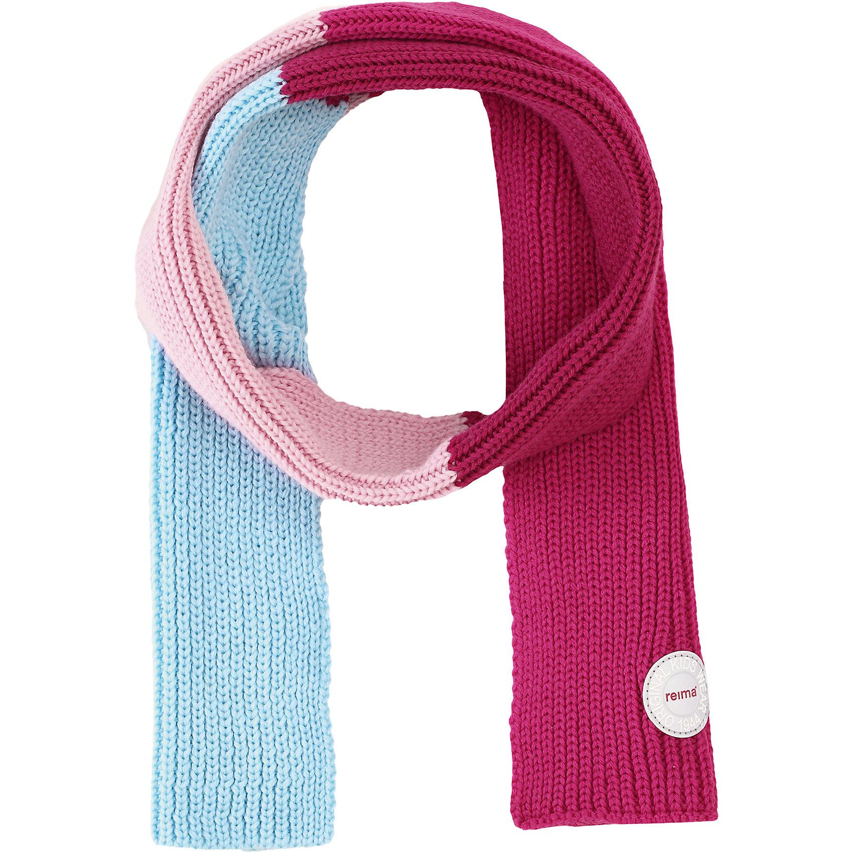 Шарф Reima KesyШарфы, платки<br>Характеристики товара:<br><br>• цвет: розовый/голубой;<br>• состав: 100% шерсть;<br>• сезон: зима;<br>• температурный режим: от 0 до -20С;<br>• мягкая ткань из мериносовой шерсти для поддержания идеальной температуры тела;<br>• светоотражающий логотип Reima®;<br>• страна бренда: Финляндия;<br>• страна изготовитель: Китай.<br><br>Детский зимний шарф изготовлен из мягкой и теплой мериносовой шерсти. Эластичный и дышащий материал обеспечивает хорошую терморегуляцию. Снабжен светоотражающей эмблемой Reima.<br><br>Шарф Kesy Reima от финского бренда Reima (Рейма) можно купить в нашем интернет-магазине.<br><br>Ширина мм: 88<br>Глубина мм: 155<br>Высота мм: 26<br>Вес г: 106<br>Цвет: розовый<br>Возраст от месяцев: 48<br>Возраст до месяцев: 168<br>Пол: Унисекс<br>Возраст: Детский<br>Размер: one size<br>SKU: 6902701