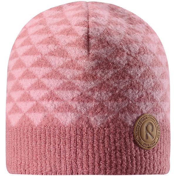 Шапка Reima Kaamos для девочкиШапки и шарфы<br>Характеристики товара:<br><br>• цвет: розовый;<br>• состав: 100% шерсть;<br>• подкладка: 97% хлопок, 3% эластан;<br>• без дополнительного утепления;<br>• сезон: зима;<br>• температурный режим: от 0 до -20С;<br>• шерсть идеально поддерживает температуру;<br>• ветронепроницаемые вставки в области ушей;<br>• сплошная подкладка: хлопковый трикотаж с эластаном;<br>• теплая шерстяная вязка (волокно);<br>• логотип Reima® сбоку;<br>• страна бренда: Финляндия;<br>• страна изготовитель: Китай.<br><br>Детская шапка из теплого шерстяного трикотажа. Материал превосходно регулирует температуру и хорошо согревает голову. Ветронепроницаемые вставки и трикотажная подкладка в рубчик из смеси хлопка и эластана. Декоративная структурная вязка.<br><br>Шапку Kaamos Reima от финского бренда Reima (Рейма) можно купить в нашем интернет-магазине.<br>Ширина мм: 89; Глубина мм: 117; Высота мм: 44; Вес г: 155; Цвет: розовый; Возраст от месяцев: 36; Возраст до месяцев: 48; Пол: Женский; Возраст: Детский; Размер: 50,56,54,52; SKU: 6902733;