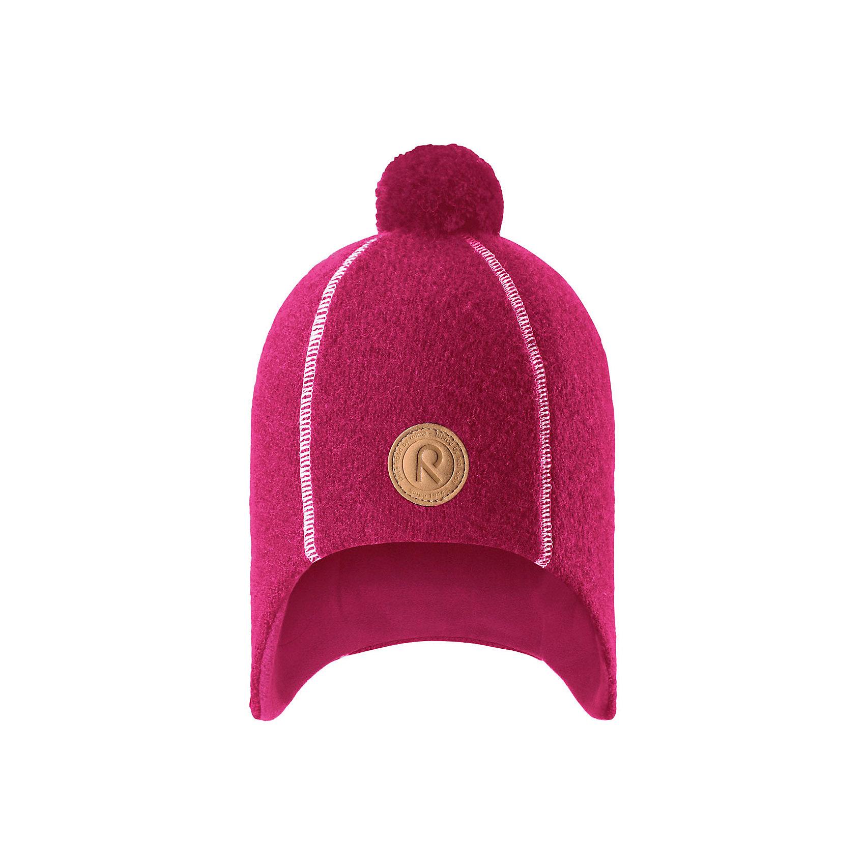 Шапка Reima ReipasГоловные уборы<br>Характеристики товара:<br><br>• цвет: розовый;<br>• состав: 100% шерсть;<br>• подкладка: 100% полиэстер, флис;<br>• без дополнительного утепления;<br>• сезон: зима;<br>• температурный режим: от 0 до -20С;<br>• шерсть идеально поддерживает температуру;<br>• ветронепроницаемые вставки в области ушей;<br>• сплошная подкладка: мягкий теплый флис;<br>• теплая шерстяная вязка (волокно);<br>• шапка с помпоном;<br>• логотип Reima® спереди;<br>• страна бренда: Финляндия;<br>• страна изготовитель: Китай.<br><br>Детская невероятно теплая шерстяная шапка отлично согреет на прогулке в морозный зимний день! Шапка, подшитая мягким и теплым флисом из полиэстера, обеспечит ребенку тепло и сухость во время активных игр на свежем воздухе, а интересная фетровая структура и веселый помпон на макушке придают этой забавной модели завершающий штрих. Эта модель хорошо закрывает и защищает лоб и ушки, а ветронепроницаемые вставки в области ушей обеспечивают дополнительную защиту от пронизывающего ветра.<br><br>Шапку Reipas Reima от финского бренда Reima (Рейма) можно купить в нашем интернет-магазине.<br><br>Ширина мм: 89<br>Глубина мм: 117<br>Высота мм: 44<br>Вес г: 155<br>Цвет: розовый<br>Возраст от месяцев: 84<br>Возраст до месяцев: 144<br>Пол: Унисекс<br>Возраст: Детский<br>Размер: 56,50,52,54<br>SKU: 6902748