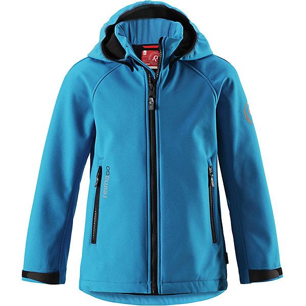 Куртка Reima Zayak для мальчикаФлис и термобелье<br>Характеристики товара:<br><br>• цвет: голубой;<br>• состав: 95% полиэстер, 5% эластан;<br>• подкладка: 100% полиэстер, флис<br>• без дополнительного утепления;<br>• сезон: демисезон;<br>• температурный режим: от 0 до +15С;<br>• водонепроницаемость: 10000 мм;<br>• воздухопроницаемость: 50000 мм;<br>• куртка из материала softshell;<br>• из ветронепроницаемого материала, но изделие дышит;<br>• водоотталкивающий, ветронепроницаемый и дышащий материал;<br>• флис на оборотной стороне;<br>• безопасный, съемный капюшон;<br>• эластичная резинка на кромке капюшона;<br>• регулируемые манжеты на липучке;<br>• регулируемый обхват талии;<br>• два кармана на молнии;<br>• карман с креплением для сенсора ReimaGO®;<br>• светоотражающие детали;<br>• страна бренда: Финляндия;<br>• страна изготовитель: Китай.<br><br>Демисезонная куртка для детей и подростков изготовлена из функционального материала softshell – водоотталкивающего, ветронепроницаемого, и в то же время дышащего. Многослойный материал имеет мягкую флисовую изнанку. Регулируемая талия позволяет отрегулировать эту модель прямого кроя по фигуре, а регулируемые манжеты снабжены застежками на липучке. <br><br>В этой куртке предусмотрено множество практичных деталей: безопасный съемный капюшон м эластичной резинкой по краю, карманы на молнии и светоотражающие элементы – отличный выбор, куда бы вы не пошли. Сенсор ReimaGO будет надежно закреплен на месте благодаря специальным кнопкам.<br><br>Куртку Zayak для мальчика Reima от финского бренда Reima (Рейма) можно купить в нашем интернет-магазине.<br>Ширина мм: 356; Глубина мм: 10; Высота мм: 245; Вес г: 519; Цвет: синий; Возраст от месяцев: 108; Возраст до месяцев: 120; Пол: Мужской; Возраст: Детский; Размер: 140,158,134,128,122,116,110,104,152,146,164; SKU: 6902908;