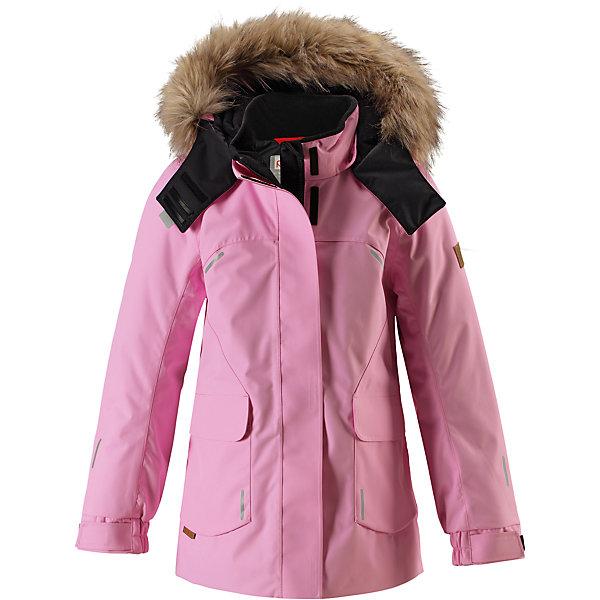 Куртка Reimatec® Reima Sisarus для девочкиОдежда<br>Характеристики товара:<br><br>• цвет: светло-розовый;<br>• состав: 100% полиэстер;<br>• подкладка: 100% полиэстер;<br>• утеплитель: 140 г/м2;<br>• сезон: зима;<br>• температурный режим: от 0 до -20С;<br>• водонепроницаемость: 15000 мм;<br>• воздухопроницаемость: 7000 мм;<br>• износостойкость: 40000 циклов (тест Мартиндейла);<br>• водо- и ветронепроницаемый, дышащий и грязеотталкивающий материал;<br>• все швы проклеены и водонепроницаемы;<br>• застежка: молния с дополнительной планкой;<br>• гладкая подкладка из полиэстера;<br>• безопасный съемный капюшон;<br>• съемный искусственный мех на капюшоне;<br>• регулируемые манжеты;<br>• эластичный пояс сзади;<br>• удлиненный подол сзади;<br>• два прорезных кармана;<br>• внутренний нагрудный карман;<br>• петля для дополнительных светоотражающих деталей;<br>• светоотражающие детали;<br>• страна бренда: Финляндия;<br>• страна изготовитель: Китай.<br><br>Элегантная детская зимняя куртка в классическом стиле с честью выдержит испытание временем и высокими нагрузками! Эта куртка из водо и ветронепроницаемого материала отлично подойдет для любых зимних забав. Все швы в ней проклеены и водонепроницаемы, что гарантирует максимальный комфорт во время зимних прогулок. <br><br>Кроме того, она сшита из дышащего материала, так что ребенок не вспотеет во время катания на санках или коньках. Эта приталенная и удлиненная модель для девочек снабжена несъемным пояском на талии и регулируемыми манжетами. Съемный и регулируемый капюшон оторочен стильной отделкой из искусственного меха, которую при желании тоже можно снять. Защитный капюшон безопасен во время игр на свежем воздухе, поскольку легко отстегнется, если вдруг за что-нибудь зацепится. <br><br>В больших карманах с клапанами легко поместятся все самое важное. Обратите внимание на удобную петельку, спрятанную в кармане с клапаном – к ней можно прикрепить любимый светоотражатель ребенка для обеспечения лучшей видимости. Эта куртка очень 