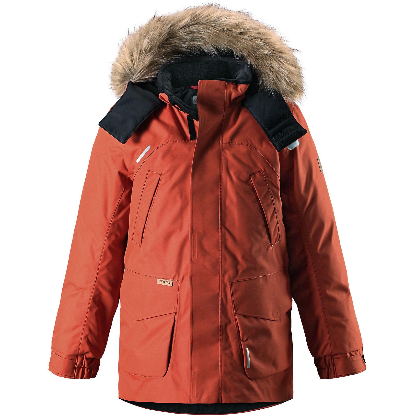 Куртка Reimatec®+ Reima SerkkuВерхняя одежда<br>Характеристики товара:<br><br>• цвет: оранжевый;<br>• состав: 100% полиэстер;<br>• подкладка: 100% полиэстер;<br>• утеплитель: 60% пух, 40% перо;<br>• сезон: зима;<br>• температурный режим: от 0 до -20С;<br>• водонепроницаемость: 15000 мм;<br>• воздухопроницаемость: 7000 мм;<br>• износостойкость: 40000 циклов (тест Мартиндейла);<br>• водо- и ветронепроницаемый, дышащий и грязеотталкивающий материал;<br>• все швы проклеены и водонепроницаемы;<br>• застежка: молния с дополнительной планкой;<br>• гладкая подкладка из полиэстера;<br>• безопасный съемный капюшон;<br>• съемный искусственный мех на капюшоне;<br>• регулируемые манжеты и подол;<br>• внутренняя регулировка талии;<br>• удлиненный подол сзади;<br>• два прорезных кармана;<br>• нагрудные карманы;<br>• внутренний нагрудный карман;<br>• петля для дополнительных светоотражающих деталей;<br>• светоотражающие детали;<br>• страна бренда: Финляндия;<br>• страна изготовитель: Китай.<br><br>Теплая детская куртка-пуховик сшита из ветронепроницаемого и дышащего материала, который, к тому же, абсолютно водонепроницаемый! Все швы в этой стильной куртке проклеены и водонепроницаемы, что гарантирует максимальный комфорт во время зимних прогулок, при любой погоде. Талия и подол этой удлиненной модели легко регулируются, что позволяет подогнать куртку точно по фигуре. <br><br>Съемный капюшон защищает от пронизывающего ветра и безопасен во время игр на свежем воздухе. Кнопки легко отстегиваются, если капюшон случайно за что-нибудь зацепится. Куртка подшита гладкой подкладкой. Модный образ дополняет капюшон с элегантной оторочкой из искусственного меха, которую при желании также можно снять. В нескольких карманах удобно хранить разные важные предметы во время прогулок.<br><br>Куртку Serkku Reimatec®+ Reima от финского бренда Reima (Рейма) можно купить в нашем интернет-магазине.<br><br>Ширина мм: 356<br>Глубина мм: 10<br>Высота мм: 245<br>Вес г: 519<br>Цвет: оранжевый<br>Возраст от мес