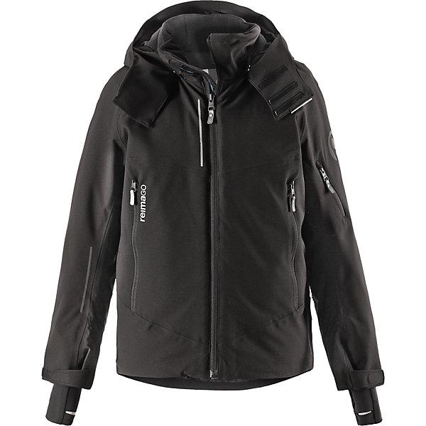 Куртка Reimatec®+ Reima Morgen для мальчикаОдежда<br>Характеристики товара:<br><br>• цвет: черный;<br>• состав: 100% полиэстер;<br>• подкладка: 100% полиэстер;<br>• утеплитель: 140 г/м2;<br>• сезон: зима;<br>• температурный режим: от 0 до -20С;<br>• водонепроницаемость: 10000 мм;<br>• воздухопроницаемость: 8000 мм;<br>• износостойкость: 15000 циклов (тест Мартиндейла);<br>• водо- и ветронепроницаемый, дышащий и грязеотталкивающий материал;<br>• все швы проклеены и водонепроницаемы;<br>• застежка: молния с защитой подбородка;<br>• гладкая подкладка из полиэстера;<br>• безопасный съемный и регулируемый капюшон;<br>• место соединения куртки с брюками скрыто снегозащитной манжетой;<br>• регулируемые манжеты и внутренние манжеты из лайкры;<br>• удлиненные манжеты;<br>• два кармана на молнии;<br>• регулируемый подол, снегозащитный манжет на талии;<br>• карманы на молнии, карман для skipass на рукаве;<br>• карман для очков, внутренний нагрудный карман и петли для проводов наушников;<br>• карман с креплением для сенсора ReimaGO®;<br>• светоотражающие детали;<br>• страна бренда: Финляндия;<br>• страна изготовитель: Китай.<br><br>Куртка сшита из специального водо и ветронепроницаемого, дышащего материала, который к тому же имеет водо и грязеотталкивающую поверхность. Все швы проклеены, водонепроницаемы. Удобная гладкая подкладка из полиэстера и молния во всю длину облегчают надевание. С помощью удобных кнопок на снежной юбке можно пристегнуть куртку к брюкам. А за ненадобностью, снежную юбку можно пристегнуть к карманам. <br><br>Безопасный съемный и регулируемый капюшон легко отстегнется, если вдруг за что-нибудь зацепится. Она оснащена карманом для лыжной карты на рукаве, который поможет быстро достать карточку в очереди на подъемник, и специальным карманом для сверхсовременного сенсора ReimaGO®! Благодаря удобным петелькам провод от наушников не запутается. Регулируемые манжеты помогут подобрать нужную ширину рукавов, а внутренние манжеты из лайкры не пропустят холод внутрь