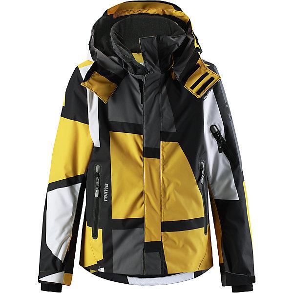 Куртка Reimatec® Reima Wheeler для мальчикаВерхняя одежда<br>Характеристики товара:<br><br>• цвет: желтый;<br>• состав: 100% полиэстер;<br>• подкладка: 100% полиэстер;<br>• утеплитель: 140 г/м2;<br>• сезон: зима;<br>• температурный режим: от 0 до -20С;<br>• водонепроницаемость: 15000 мм;<br>• воздухопроницаемость: 7000 мм;<br>• износостойкость: 35000 циклов (тест Мартиндейла);<br>• водо- и ветронепроницаемый, дышащий и грязеотталкивающий материал;<br>• все швы проклеены и водонепроницаемы;<br>• застежка: молния с защитой подбородка;<br>• гладкая подкладка из полиэстера;<br>• безопасный съемный и регулируемый капюшон;<br>• место соединения куртки с брюками скрыто снегозащитной манжетой;<br>• регулируемые манжеты и внутренние манжеты из лайкры;<br>• удлиненные манжеты;<br>• регулируемый подол, снегозащитный манжет на талии;<br>• карманы на молнии, карман для skipass на рукаве;<br>• карман для очков, внутренний нагрудный карман и петли для проводов наушников;<br>• карман с креплением для сенсора ReimaGO®;<br>• светоотражающие детали;<br>• страна бренда: Финляндия;<br>• страна изготовитель: Китай.<br><br>Детская непромокаемая зимняя куртка с множеством практичных деталей. Она сшита из специального водо и ветронепроницаемого материала, дышащего и обладающего водо и грязеотталкивающими свойствами. Все швы проклеены, водонепроницаемы. Куртку с гладкой подкладкой из полиэстера легко надевать и очень удобно носить с теплым промежуточным слоем. <br><br>Эта куртка специально создана для маленьких лыжников, поэтому снабжена карманом для лыжной карты на рукаве, карманами на молнии и внутренними нагрудными карманами, удобными петельками для шнура наушников и специальным карманом с кнопками для сенсора ReimaGO. Регулируемые манжеты помогут подобрать нужную ширину рукавов, а внутренние манжеты из лайкры не пропустят холод внутрь. <br><br>С помощью удобных кнопок на снежной юбке можно пристегнуть куртку к брюкам. А за ненадобностью, снежную юбку можно пристегнуть к карманам. Съемный