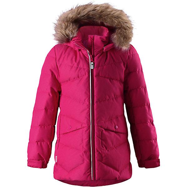 Куртка Reima Leena для девочкиОдежда<br>Характеристики товара:<br><br>• цвет: розовый;<br>• состав: 100% полиэстер;<br>• подкладка: 100% полиэстер;<br>• утеплитель: 60% пух, 40% перо;<br>• сезон: зима;<br>• температурный режим: от 0 до -20С;<br>• водонепроницаемость: 3000 мм;<br>• воздухопроницаемость: 7000 мм;<br>• износостойкость: 13000 циклов (тест Мартиндейла);<br>• водо- и ветронепроницаемый, дышащий и грязеотталкивающий материал;<br>• основные швы проклеены и водонепроницаемы;<br>• застежка: молния с защитой подбородка;<br>• гладкая подкладка из полиэстера;<br>• безопасный съемный капюшон;<br>• съемный искусственный мех на капюшоне;<br>• регулируемые манжеты;<br>• петля для дополнительных светоотражающих деталей;<br>• два боковых кармана;<br>• светоотражающие детали;<br>• страна бренда: Финляндия;<br>• страна изготовитель: Китай.<br><br>Пуховая парка для спорта и прогулок по городу. Утеплитель пух/перо (60/40%). Пуховик изготовлен из ветронепроницаемого, дышащего материала с верхним водо и грязеотталкивающим слоем, поэтому вашему ребенку будет тепло и сухо во время веселых зимних игр, к тому же он не вспотеет. Эта традиционная модель пуховика создана специально для девочек, она снабжена съемным капюшоном, который защитит от морозного ветра. <br><br>Эта куртка с подкладкой из гладкого полиэстера легко надевается. Пуховик снабжен безопасным съемным и регулируемым капюшоном со съемной отделкой из искусственного меха. Регулируемые манжеты и подол. Куртка изготовлена из грязеотталкивающего материала, но при этом ее можно сушить в сушильной машине. Два боковых кармана и светоотражающие детали.<br><br>Куртку Leena для девочки Reima от финского бренда Reima (Рейма) можно купить в нашем интернет-магазине.<br>Ширина мм: 356; Глубина мм: 10; Высота мм: 245; Вес г: 519; Цвет: розовый; Возраст от месяцев: 156; Возраст до месяцев: 168; Пол: Женский; Возраст: Детский; Размер: 164,104,110,116,122,128,134,140,146,152,158; SKU: 6904179;