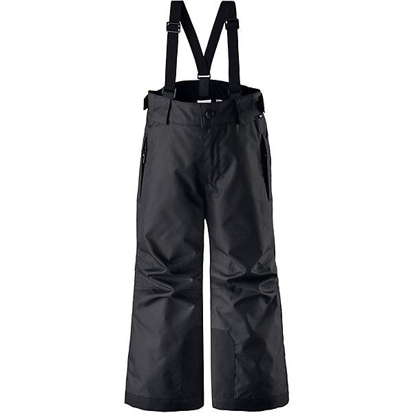 Брюки Reimatec® Reima TakeoffВерхняя одежда<br>Характеристики товара:<br><br>• цвет: черный;<br>• 100% полиэстер, полиуретановое покрытие;<br>• утеплитель: 100% полиэстер 120 г/м2;<br>• сезон: зима;<br>• температурный режим: от 0 до -20С;<br>• водонепроницаемость: 12000 мм;<br>• воздухопроницаемость: 8000 мм;<br>• износостойкость: 30000 циклов (тест Мартиндейла)<br>• особенности: с подтяжками;<br>• водо- и ветронепроницаемый, дышащий и грязеотталкивающий материал;<br>• все швы проклеены и водонепроницаемы;<br>• гладкая подкладка из полиэстера;<br>• прочные усиленные вставки внизу брючин;<br>• регулируемый обхват талии;<br>• снегозащитные манжеты на штанинах;<br>• застежка: молния, пуговица;<br>• карманы на молнии;<br>• регулируемые съемные эластичные подтяжки;<br>• потайной карман для датчика ReimaGO®;<br>• светоотражающие элементы;<br>• страна бренда: Финляндия;<br>• страна производства: Китай.<br><br>Зимние брюки просто созданы для активных детей: они отталкивают влагу и грязь, а все швы в них проклеены и водонепроницаемы. Ветронепроницаемый и в то же время дышащий материал обеспечивает комфорт во время увлекательных прогулок – ребенку будет тепло, но он не вспотеет. <br><br>Очень удобные съемные и регулируемые подтяжки будут надежно поддерживать брюки во время всех активных приключений. Прочные усиления на концах брючин защищают лодыжки. Благодаря защите от снега, никакой снег и мороз не проберутся внутрь, так что брюки идеально подойдут для сноубординга и горных лыж. <br><br>Регулируемая талия обеспечит отличную посадку по фигуре. Эта модель с прямым, слегка свободным покроем снабжена потайным карманом для сенсора ReimaGO. <br><br>Брюки Takeoff Reimatec® Reima (Рейма) можно купить в нашем интернет-магазине.<br><br>Ширина мм: 215<br>Глубина мм: 88<br>Высота мм: 191<br>Вес г: 336<br>Цвет: черный<br>Возраст от месяцев: 96<br>Возраст до месяцев: 108<br>Пол: Унисекс<br>Возраст: Детский<br>Размер: 134,128,122,116,110,104,164,158,152,146,140<br>SKU: 6904394