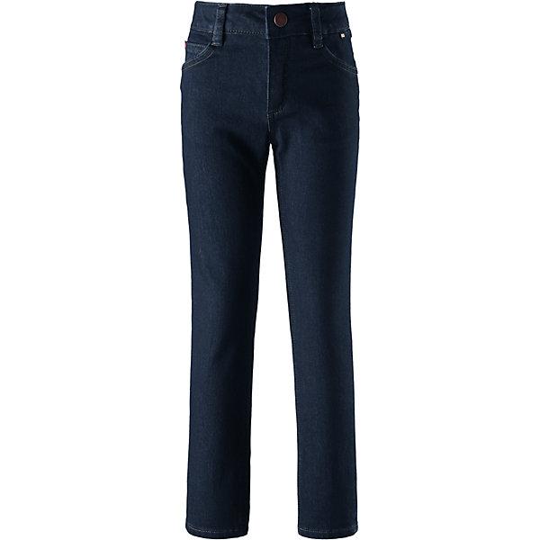 Джинсы Reima Flip для девочкиВерхняя одежда<br>Характеристики товара:<br><br>• цвет: синий;<br>• состав: 69% хлопок, 30% полиэстер, 1% эластан;<br>• без утеплителя;<br>• сезон: демисезон;<br>• температурный режим: от +5С;<br>• застежка: ширинка на молнии и пуговица;<br>• теплый материал Thermolite® отводит влагу и сохраняет кожу сухой и приятной, создавая чувство комфорта;<br>• зауженная модель;<br>• регулируемый обхват талии;<br>• передние и задние карманы;<br>• потайной карман для датчика ReimaGO®;<br>• светоотражающие детали;<br>• страна бренда: Финляндия;<br>• страна изготовитель: Китай.<br><br>Джинсы для детей и подростков сшиты из эластичного и дышащего денима с охлаждающим эффектом. Они обеспечат вашему ребенку свежесть на весь день! Джинсы снабжены передними и задними карманами, а также специальным потайным карманом для сенсора ReimaGO®. Узкие джинсы с регулируемой талией. В них намного теплее и удобнее, чем в обычных джинсах, и при этом они круто смотрятся!<br><br>Брюки Flip для девочки Reima от финского бренда Reima (Рейма) можно купить в нашем интернет-магазине.<br><br>Ширина мм: 215<br>Глубина мм: 88<br>Высота мм: 191<br>Вес г: 336<br>Цвет: синий<br>Возраст от месяцев: 36<br>Возраст до месяцев: 48<br>Пол: Женский<br>Возраст: Детский<br>Размер: 104,164,158,152,146,140,134,128,122,116,110<br>SKU: 6904418